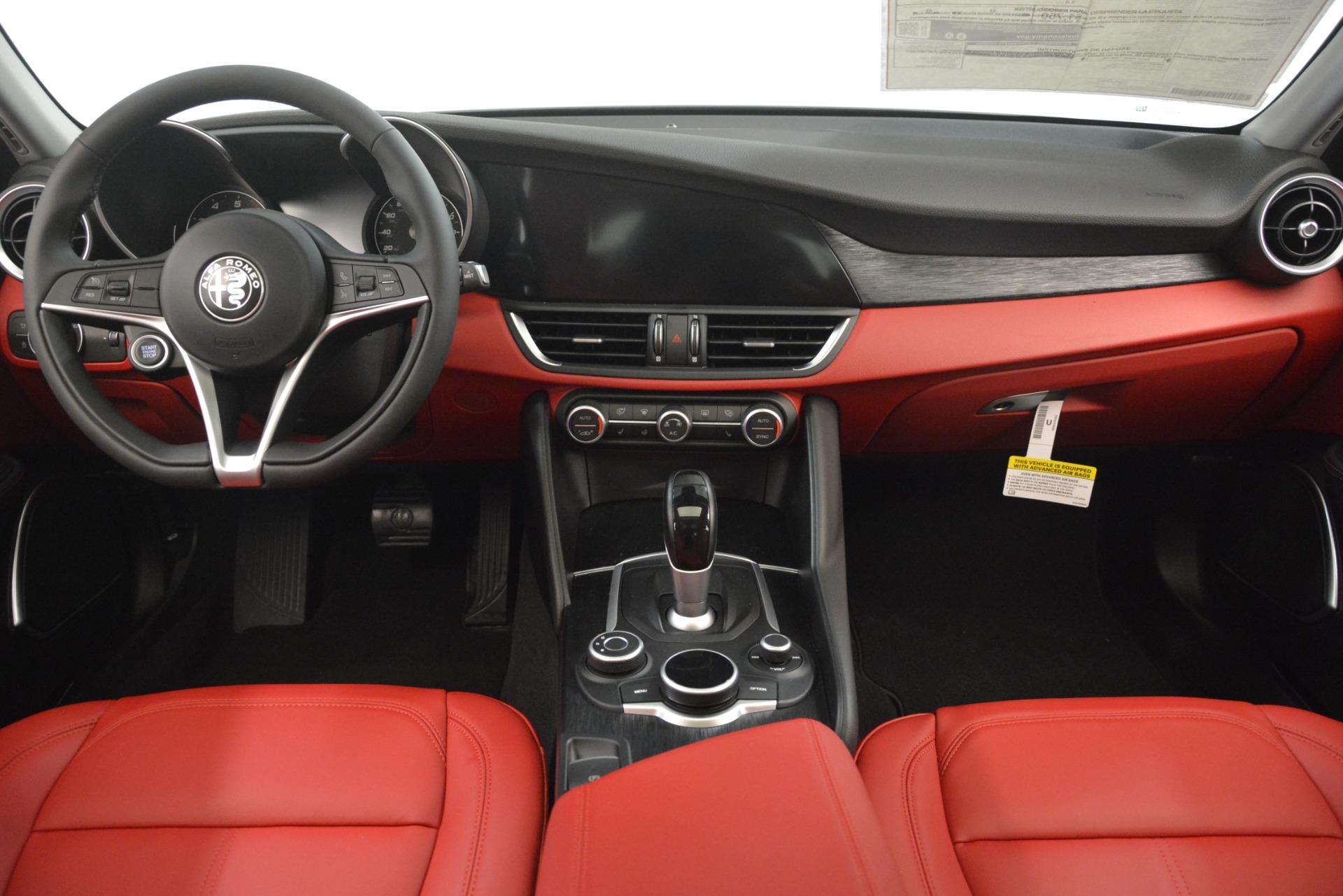 New 2019 Alfa Romeo Giulia Q4 For Sale In Westport, CT 3069_p16