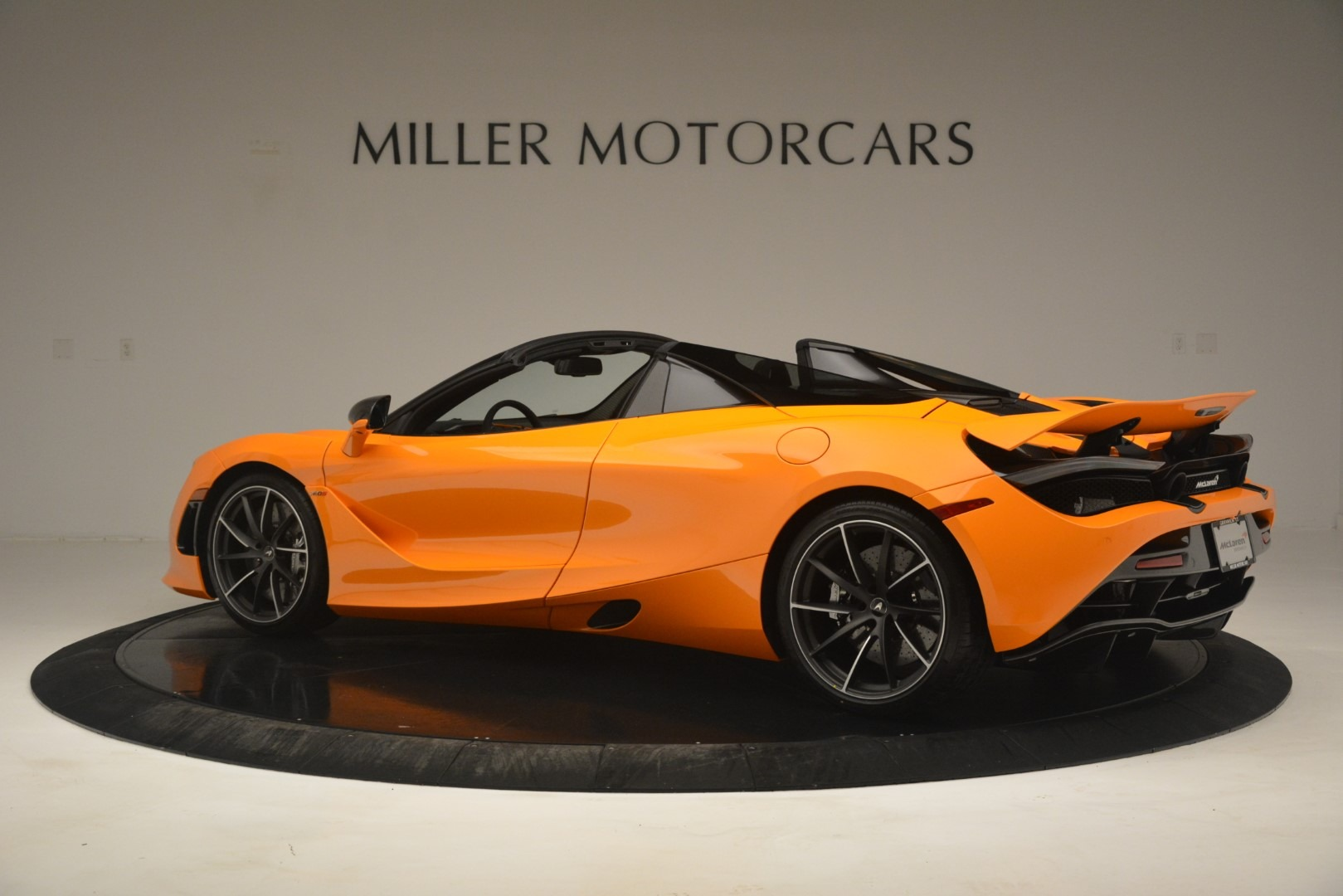 New 2020 McLaren 720S Spider Convertible For Sale In Westport, CT 3080_p4