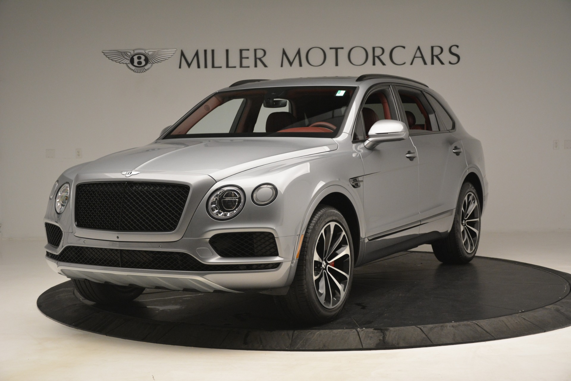 Used 2019 Bentley Bentayga V8 For Sale In Westport, CT 3084_main