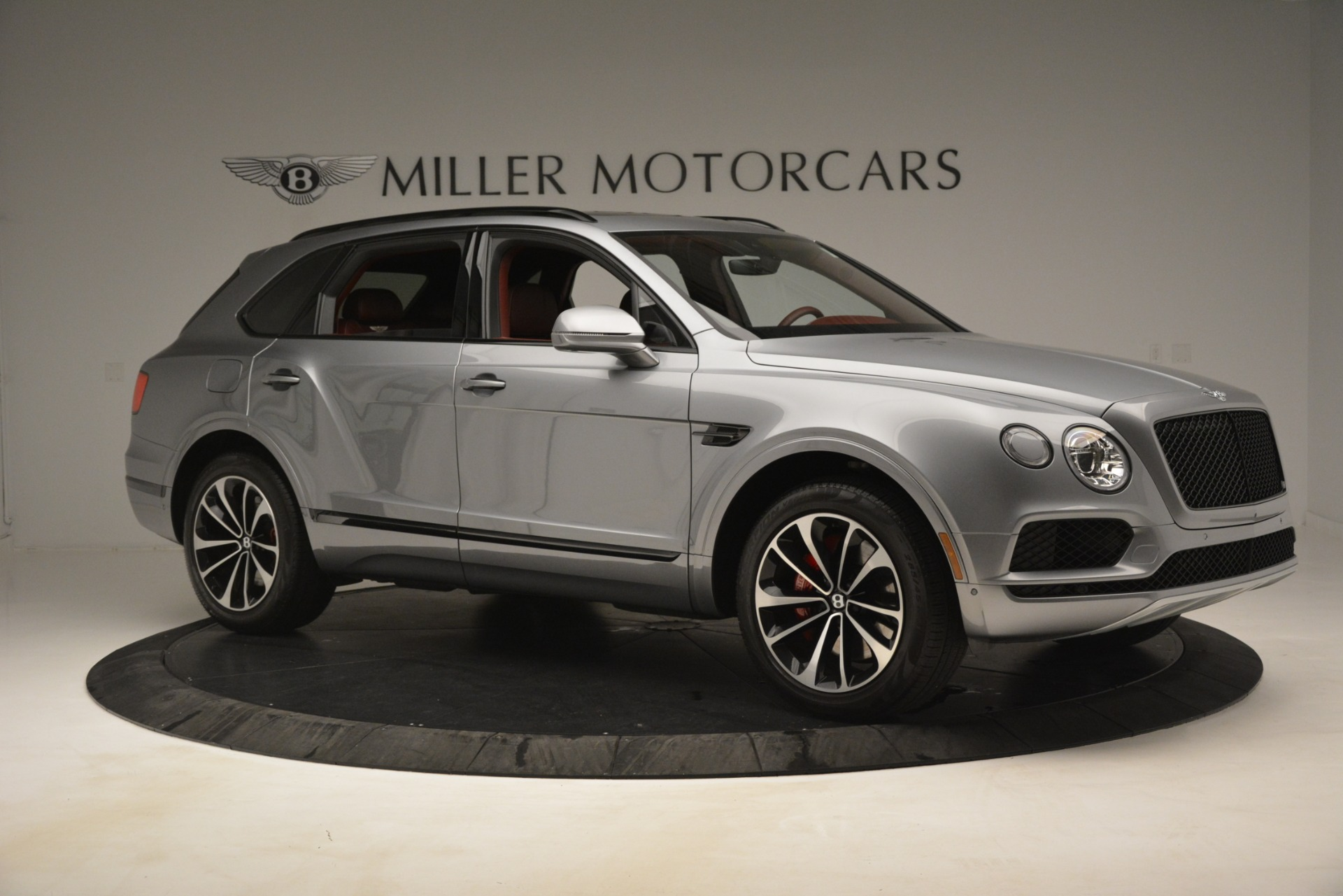 Used 2019 Bentley Bentayga V8 For Sale In Westport, CT 3084_p10