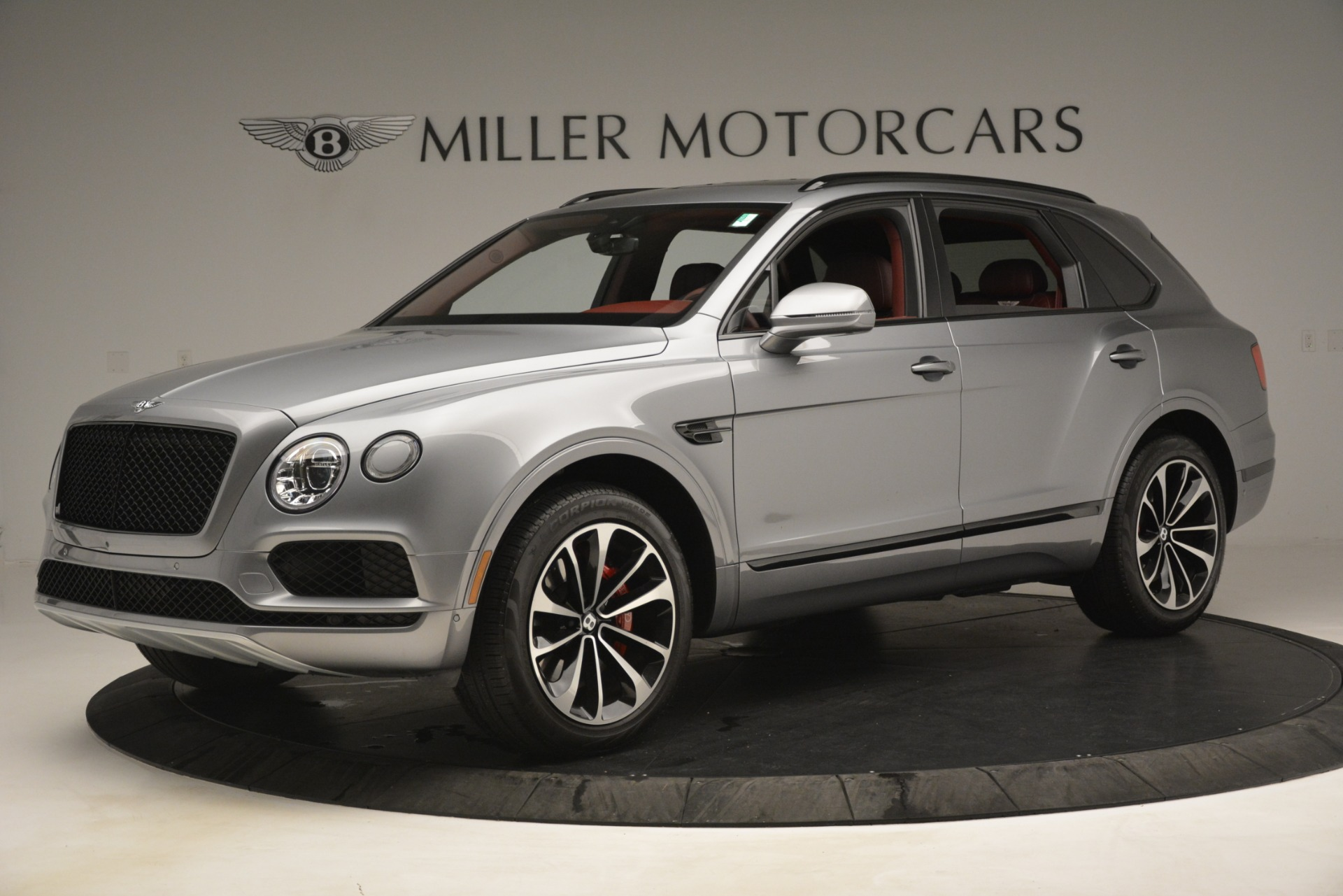 Used 2019 Bentley Bentayga V8 For Sale In Westport, CT 3084_p2