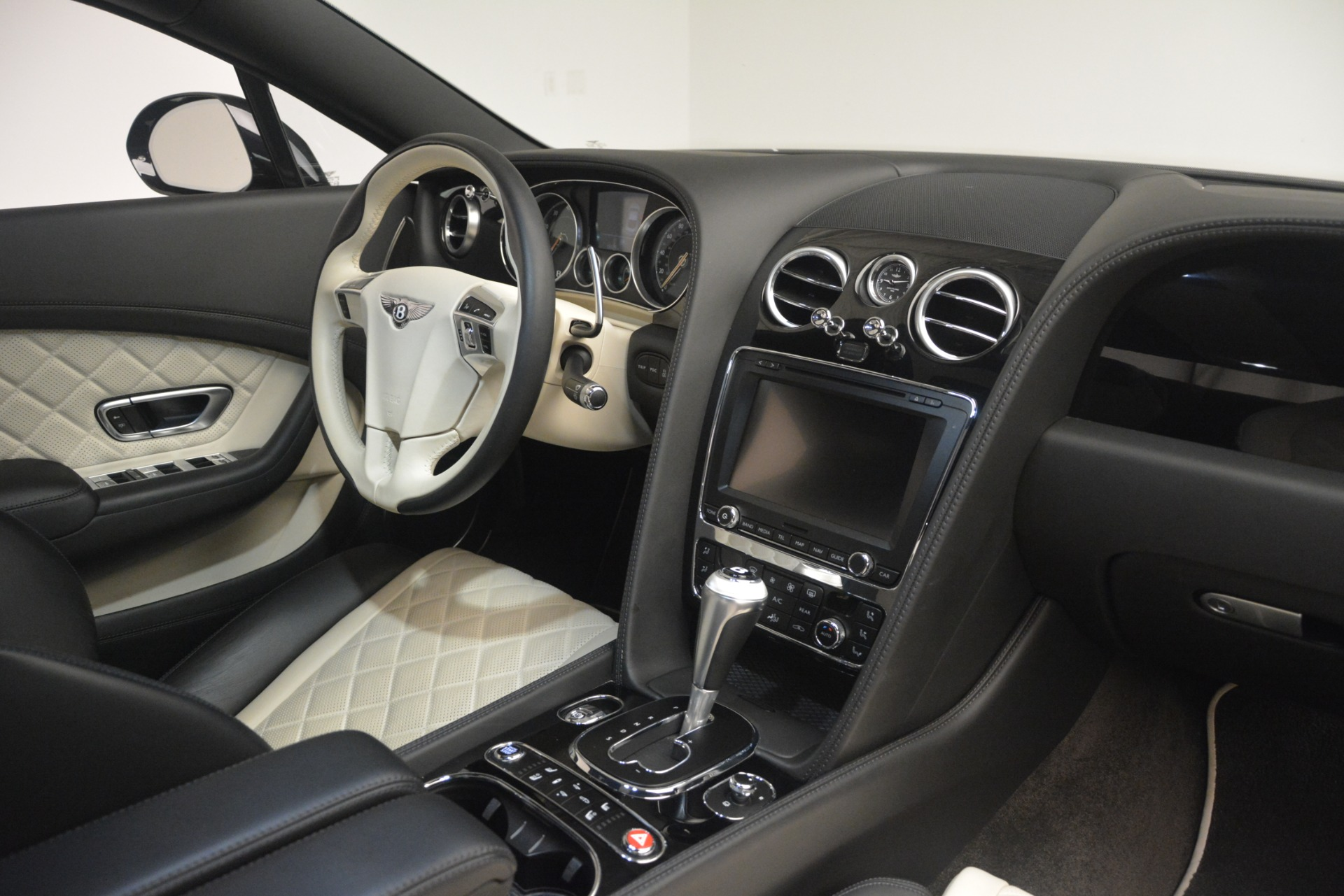 Used 2016 Bentley Continental GT V8 S For Sale In Westport, CT 3088_p28