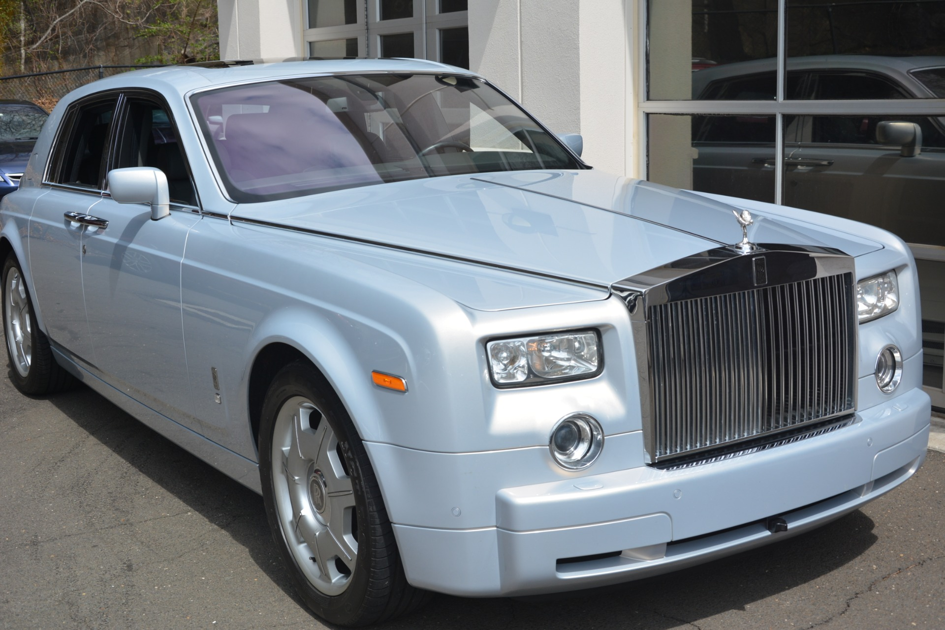 Used 2007 Rolls-Royce Phantom  For Sale In Westport, CT 3089_p11