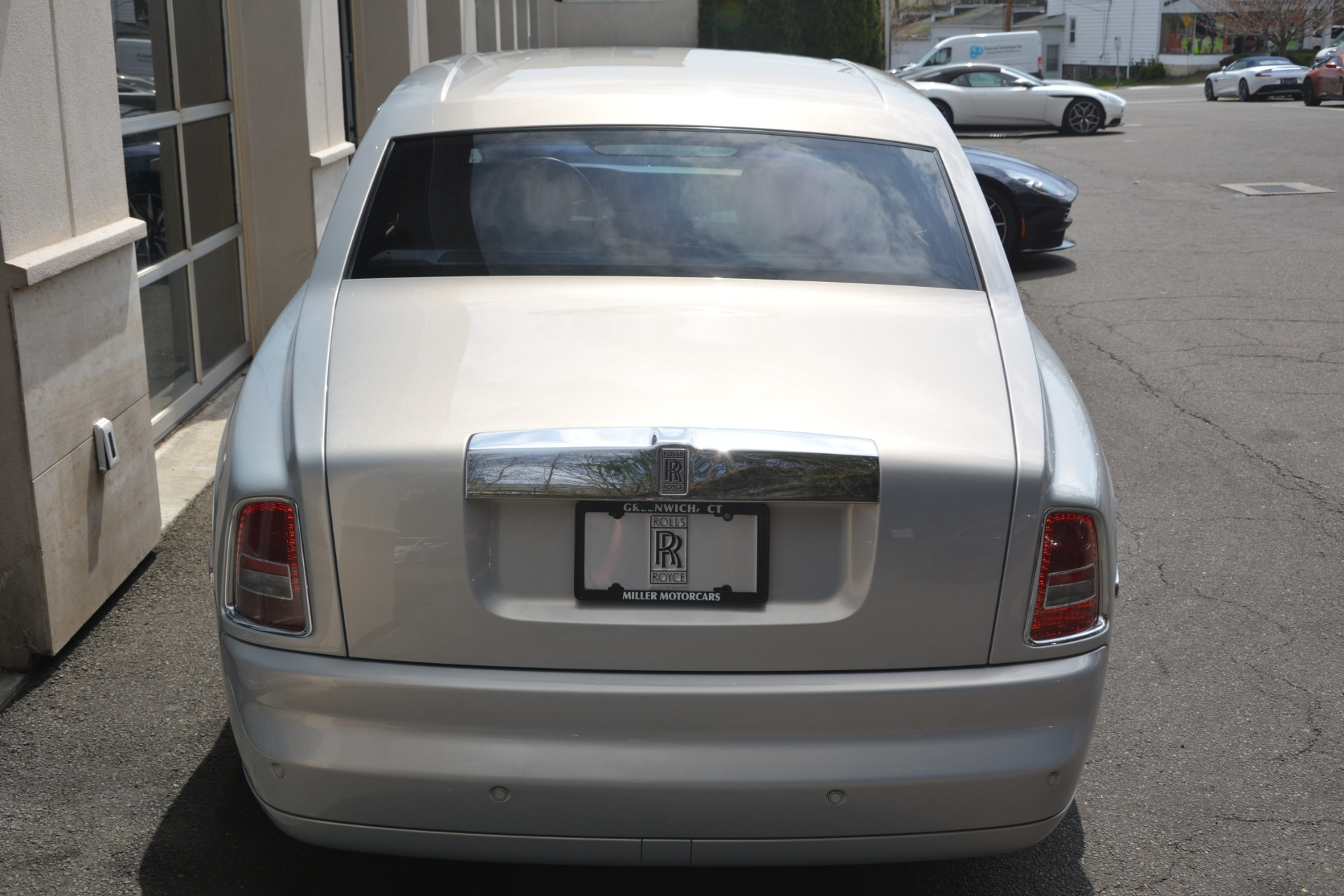 Used 2007 Rolls-Royce Phantom  For Sale In Westport, CT 3089_p13