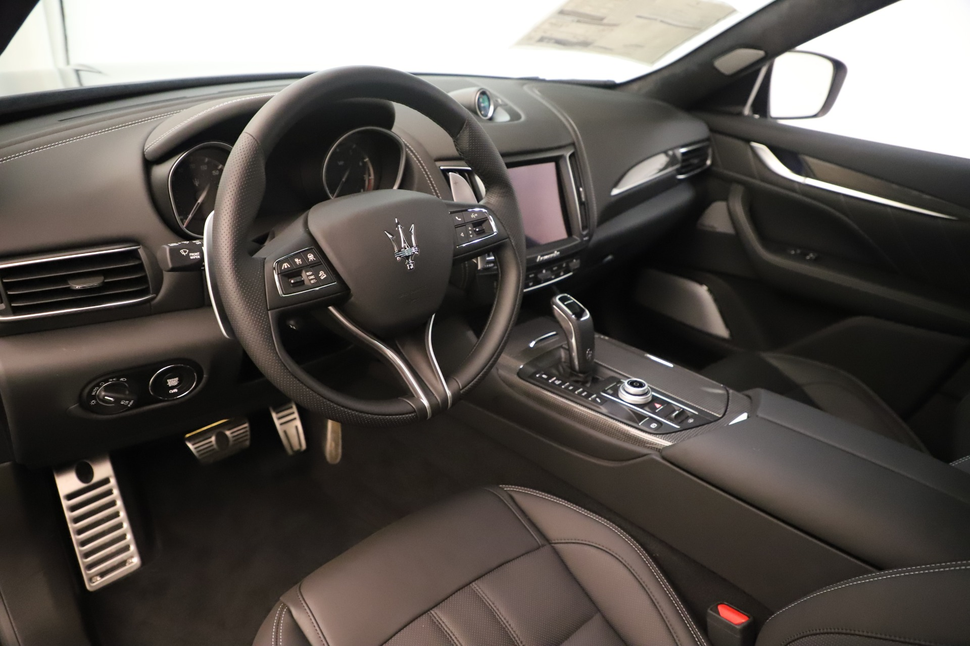 New 2019 Maserati Levante GTS For Sale In Westport, CT 3091_p13