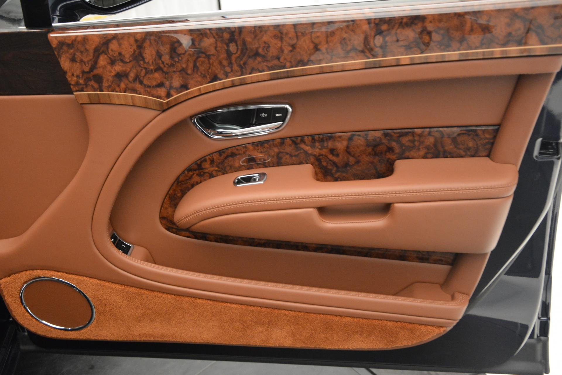 Used 2016 Bentley Mulsanne Speed For Sale In Westport, CT 31_p25