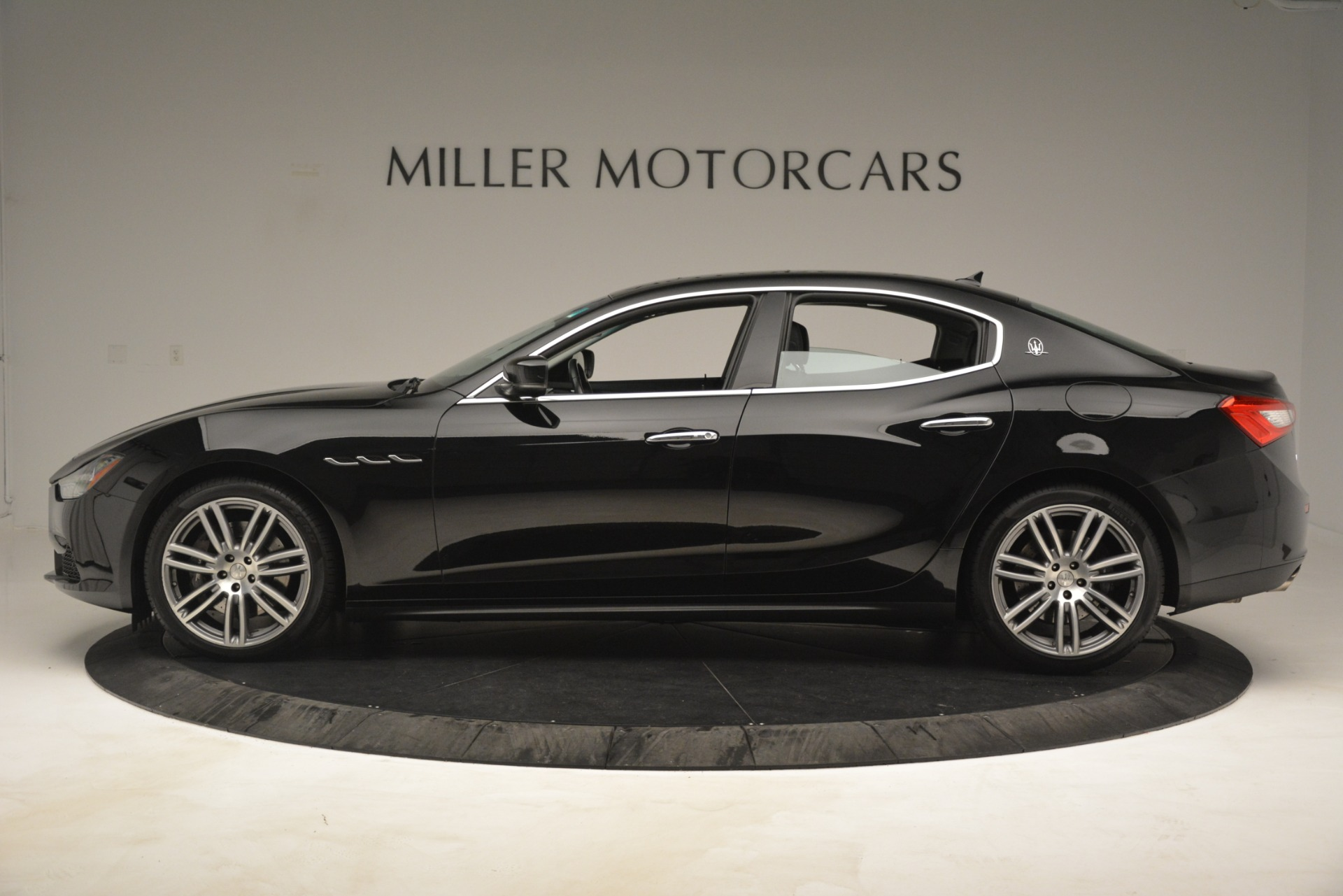 Used 2015 Maserati Ghibli S Q4 For Sale In Westport, CT 3102_p3