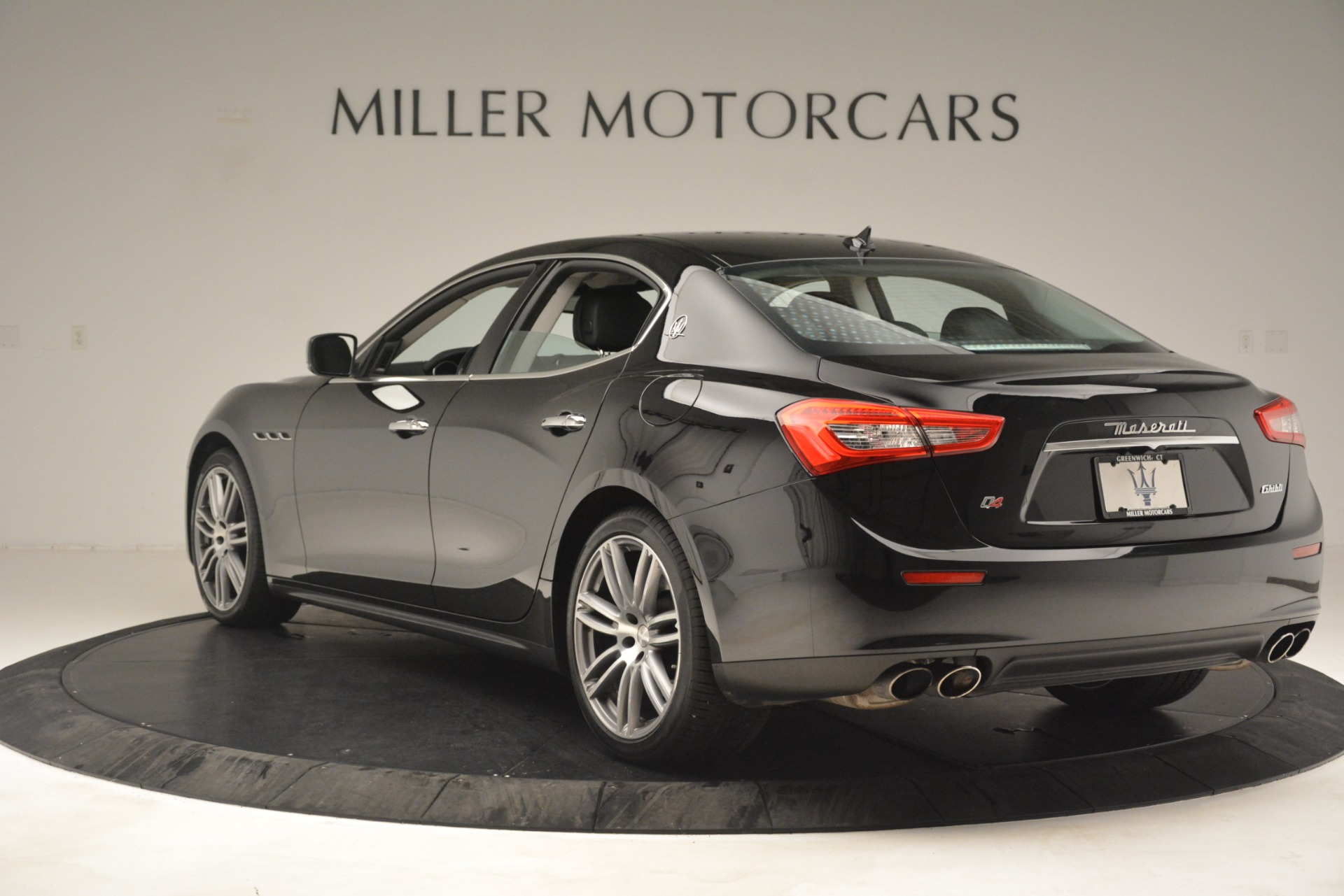 Used 2015 Maserati Ghibli S Q4 For Sale In Westport, CT 3102_p5