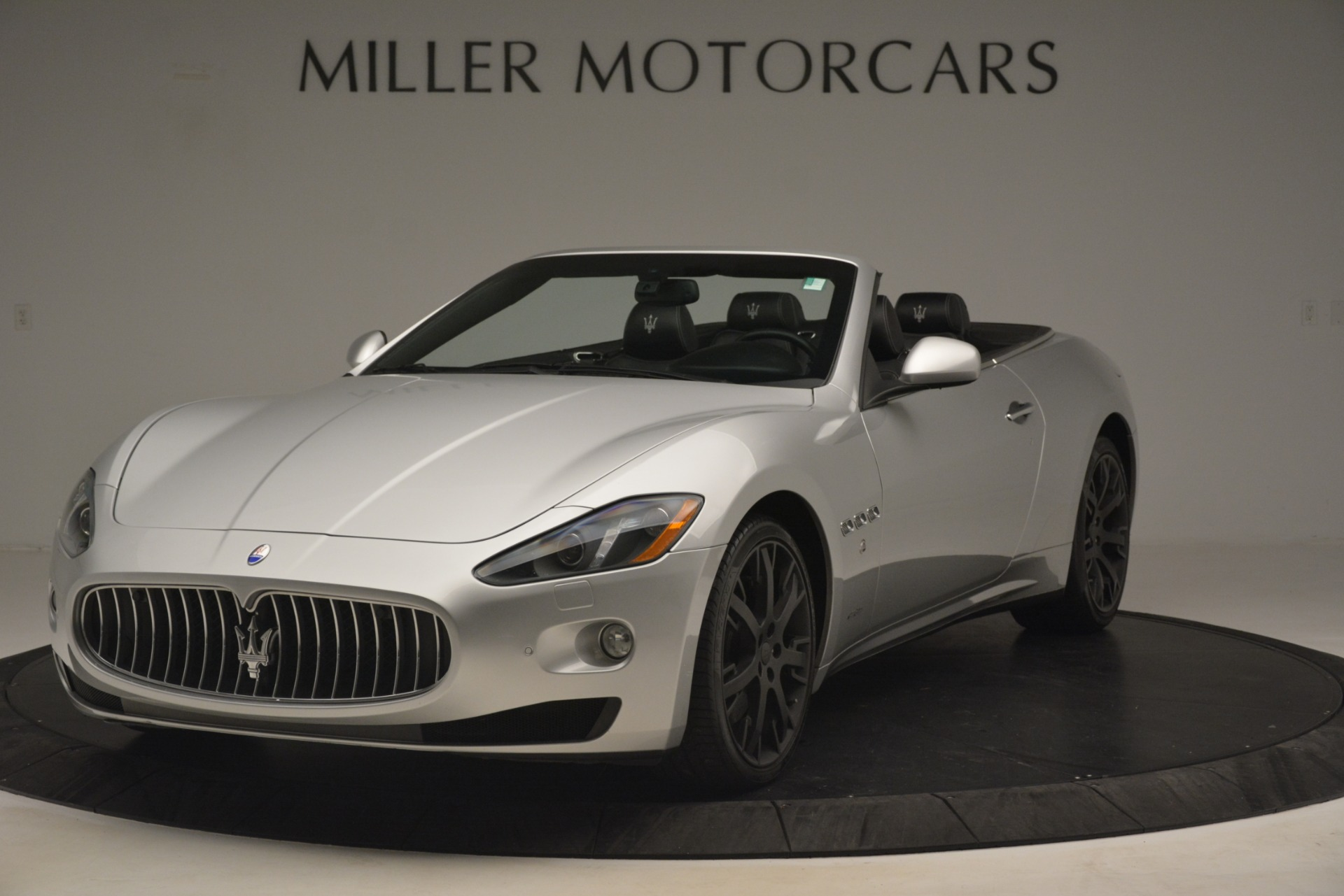 Used 2016 Maserati GranTurismo  For Sale In Westport, CT 3111_main