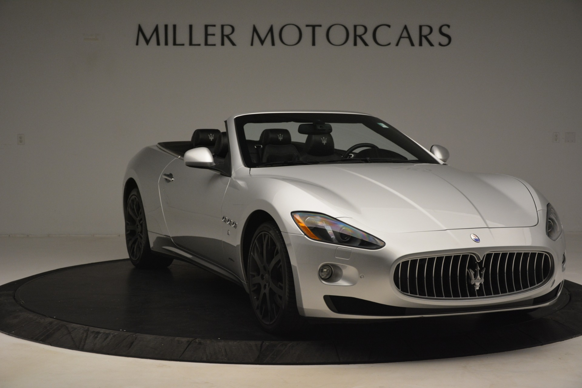 Used 2016 Maserati GranTurismo  For Sale In Westport, CT 3111_p11