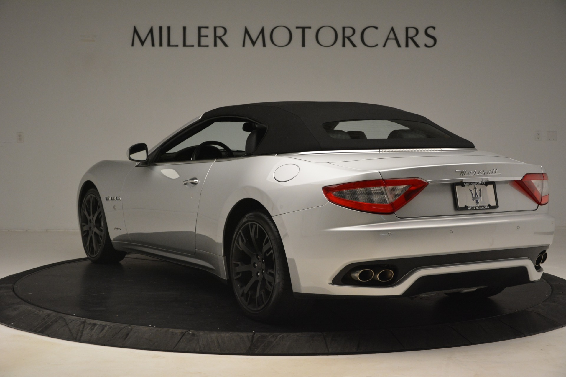 Used 2016 Maserati GranTurismo  For Sale In Westport, CT 3111_p15