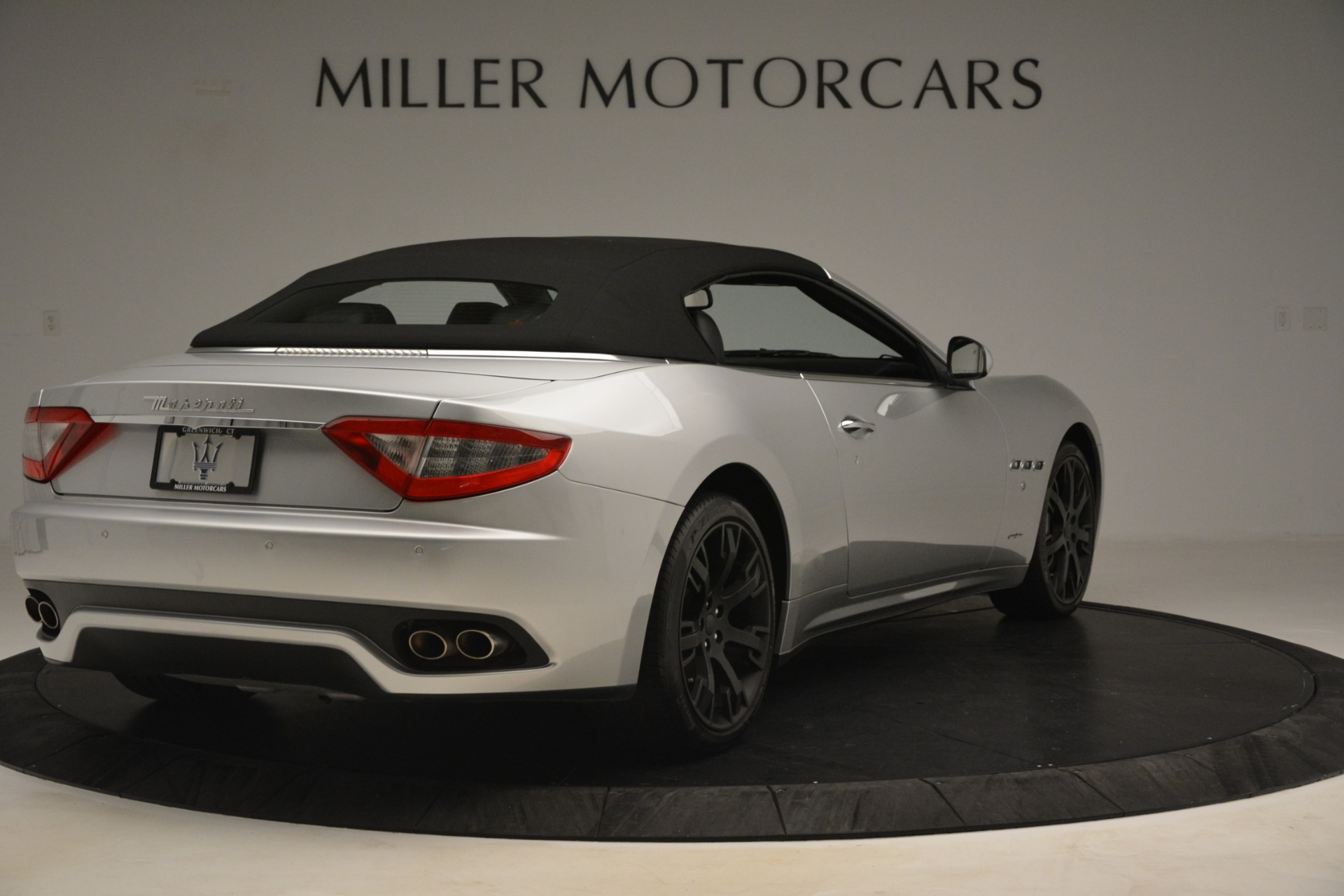 Used 2016 Maserati GranTurismo  For Sale In Westport, CT 3111_p16