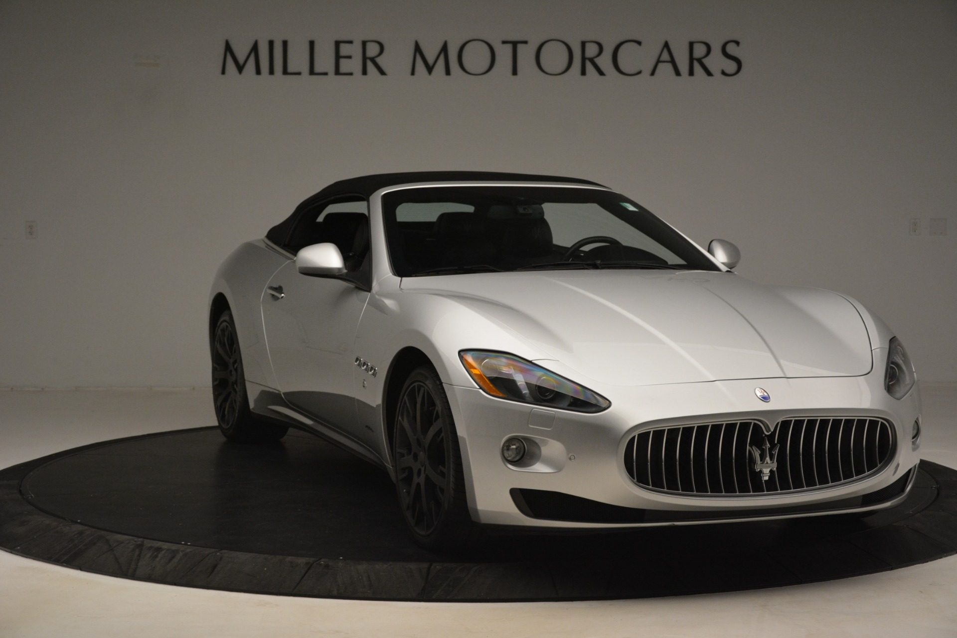 Used 2016 Maserati GranTurismo  For Sale In Westport, CT 3111_p18
