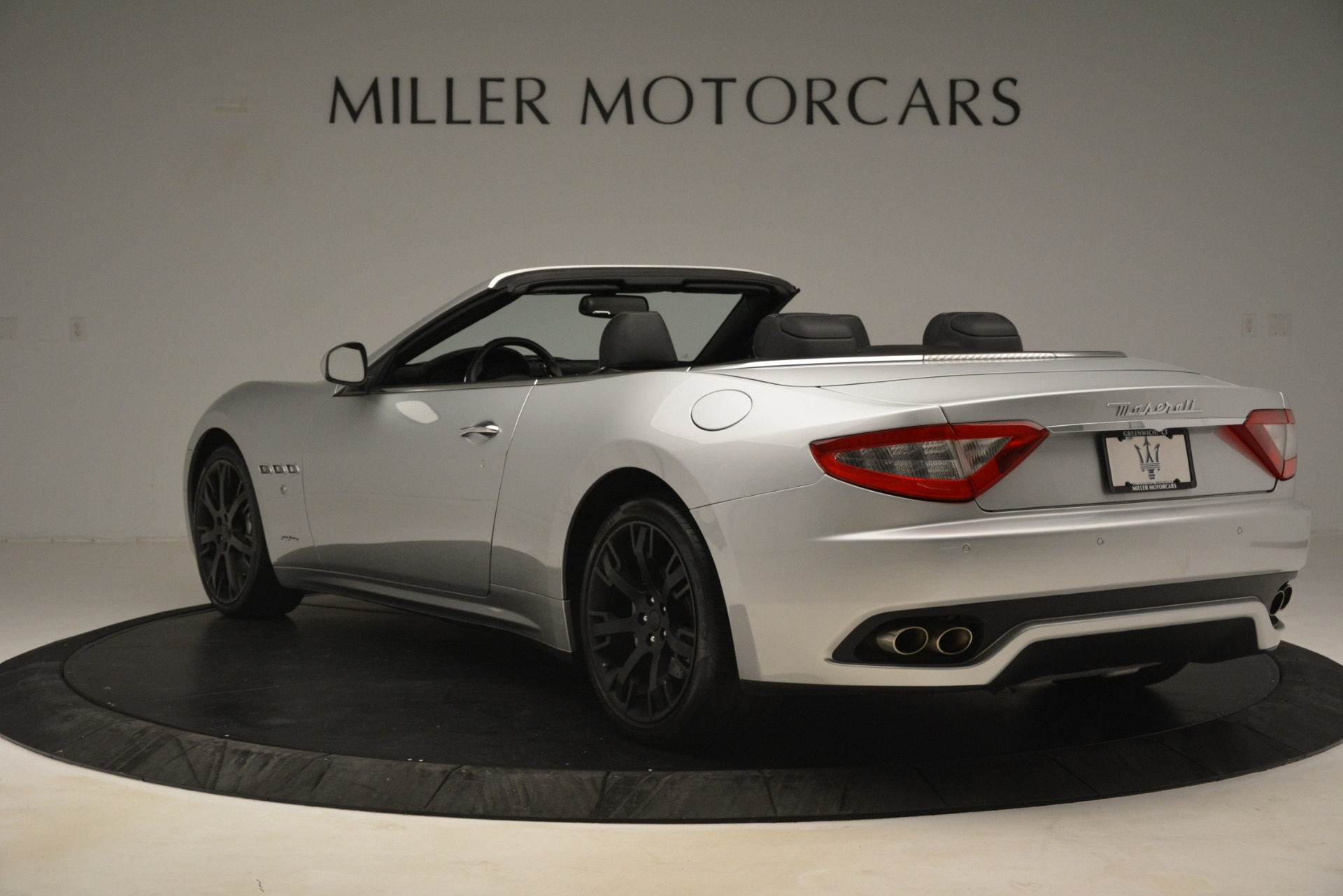Used 2016 Maserati GranTurismo  For Sale In Westport, CT 3111_p5