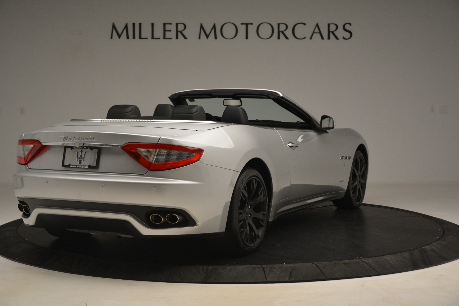 Used 2016 Maserati GranTurismo  For Sale In Westport, CT 3111_p7
