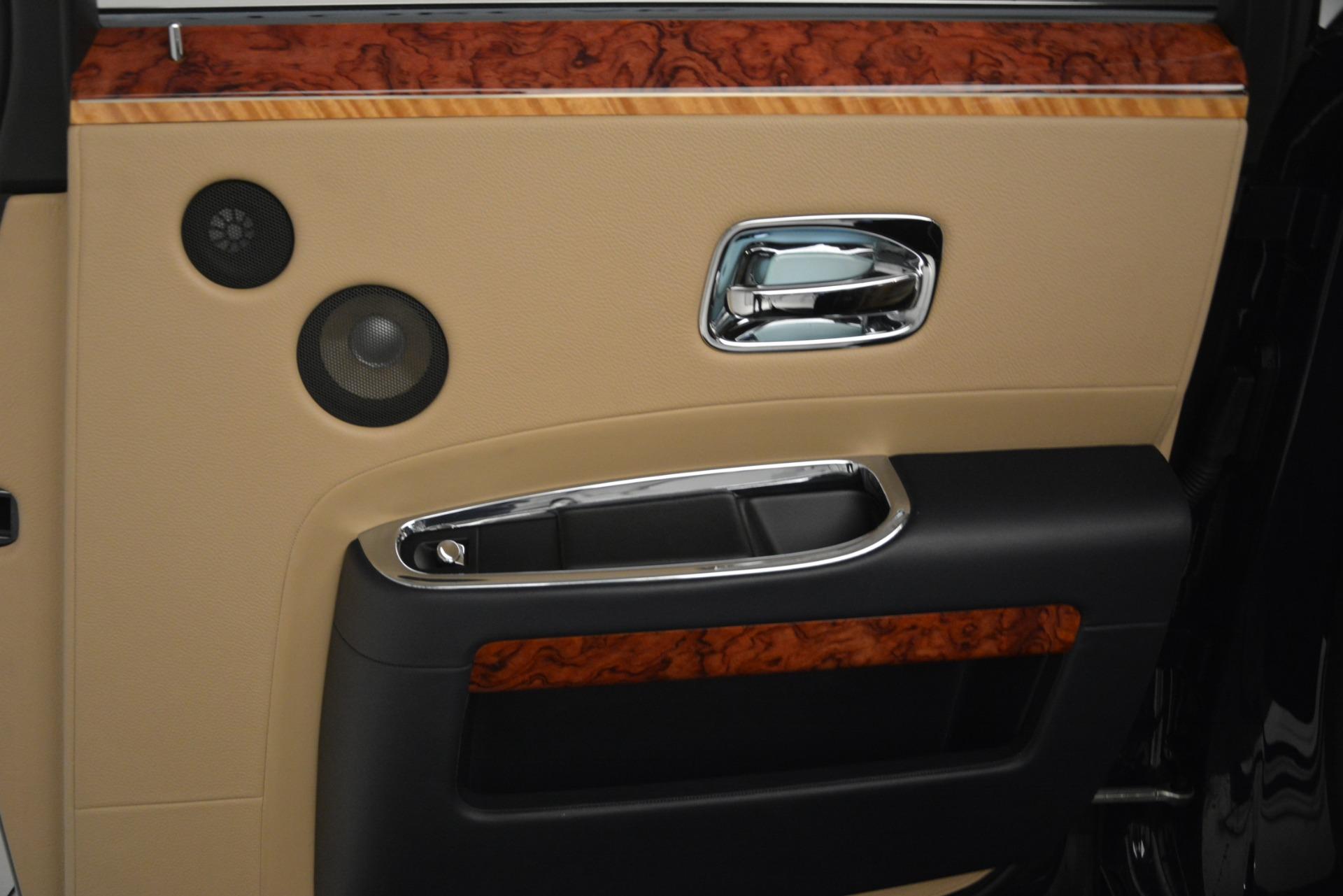 Used 2015 Rolls-Royce Ghost  For Sale In Westport, CT 3113_p20