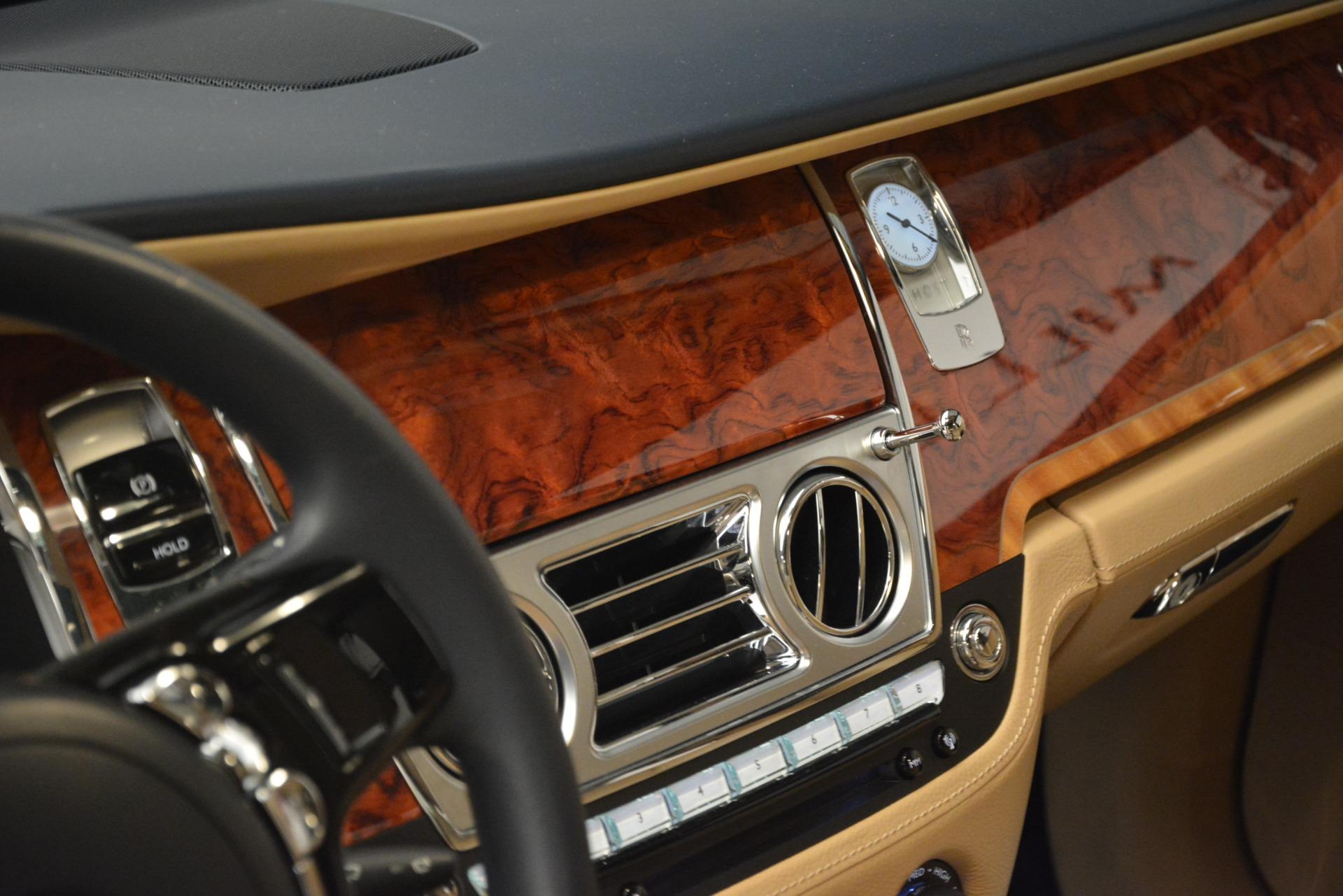 Used 2015 Rolls-Royce Ghost  For Sale In Westport, CT 3113_p26