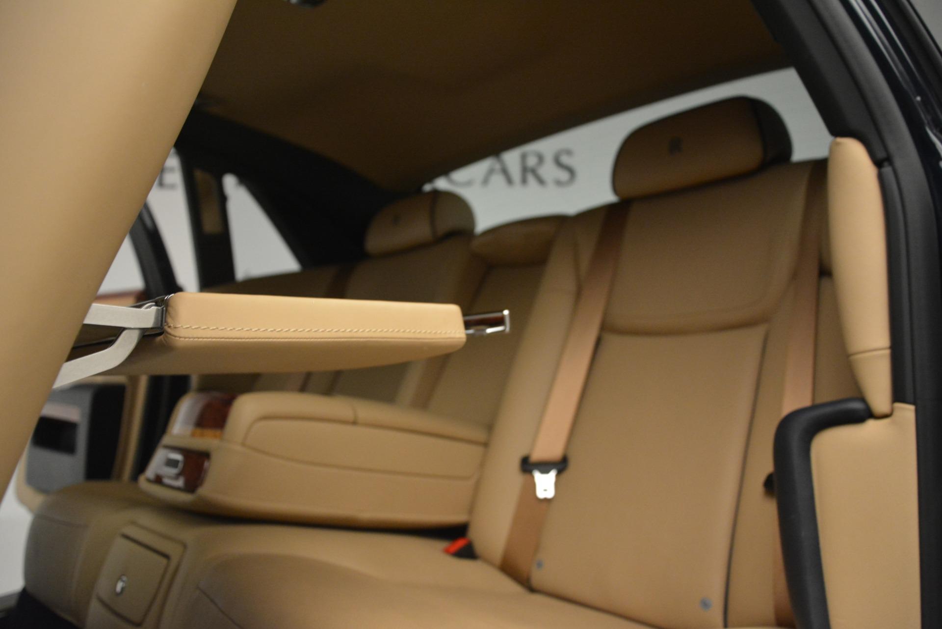 Used 2015 Rolls-Royce Ghost  For Sale In Westport, CT 3113_p28