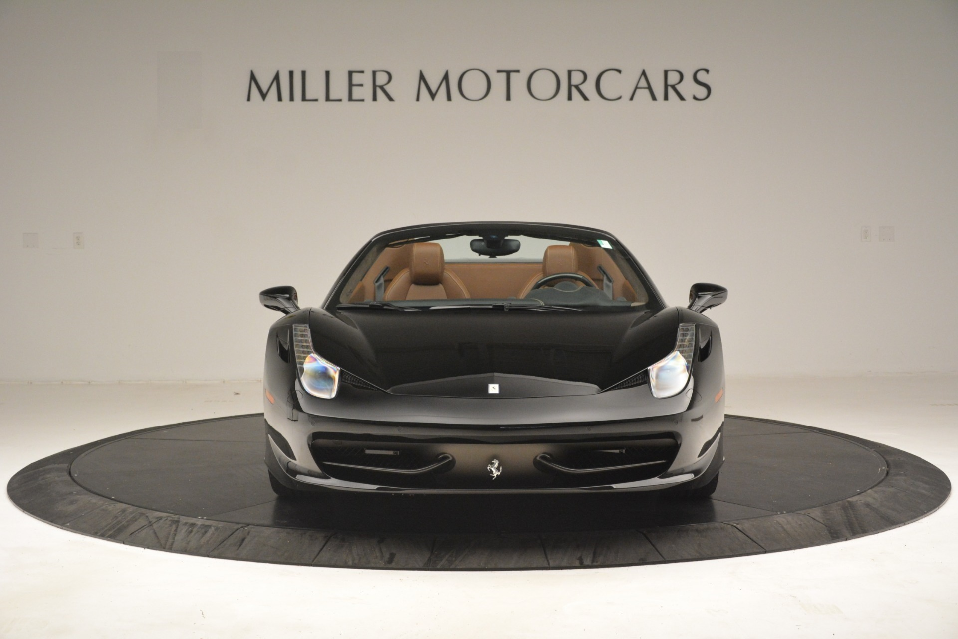 Used 2013 Ferrari 458 Spider  For Sale In Westport, CT 3114_p12