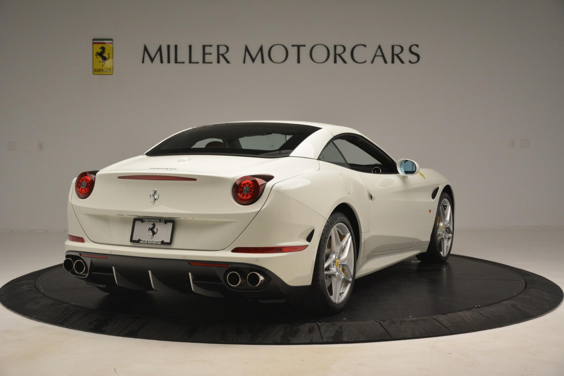 Used 2016 Ferrari California T  For Sale In Westport, CT 3115_p16