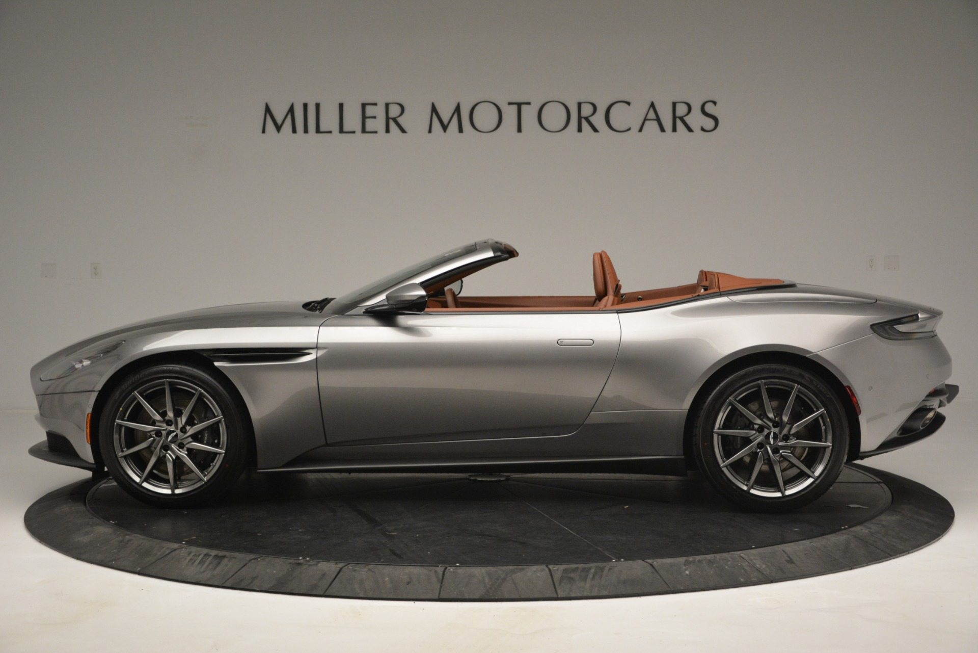 New 2019 Aston Martin DB11 V8 Convertible For Sale In Westport, CT 3121_p3