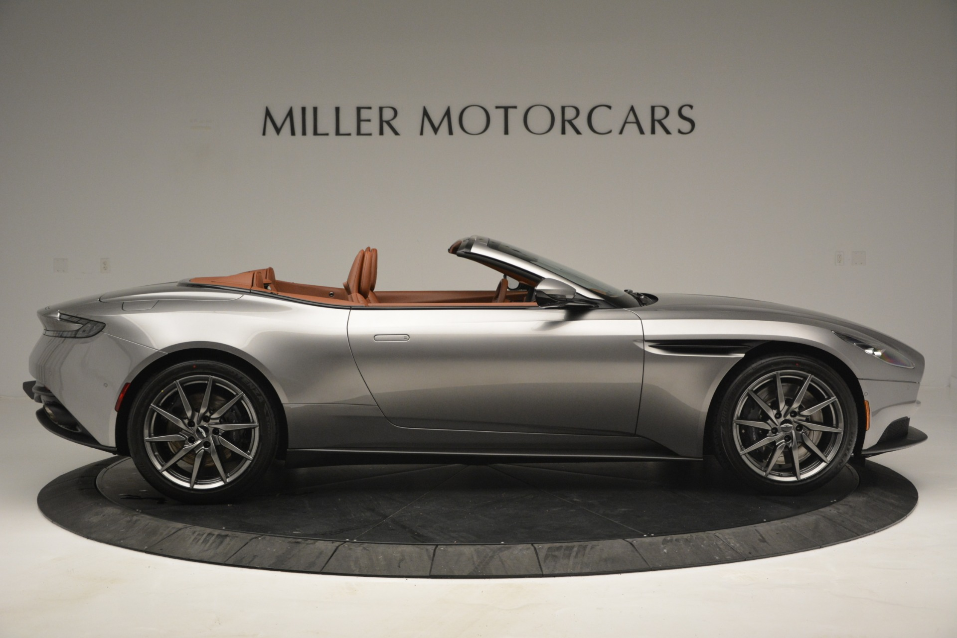 New 2019 Aston Martin DB11 V8 Convertible For Sale In Westport, CT 3121_p9