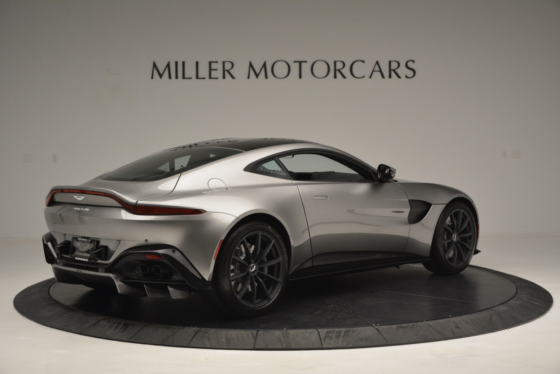 New 2019 Aston Martin Vantage Coupe For Sale In Westport, CT 3122_p8