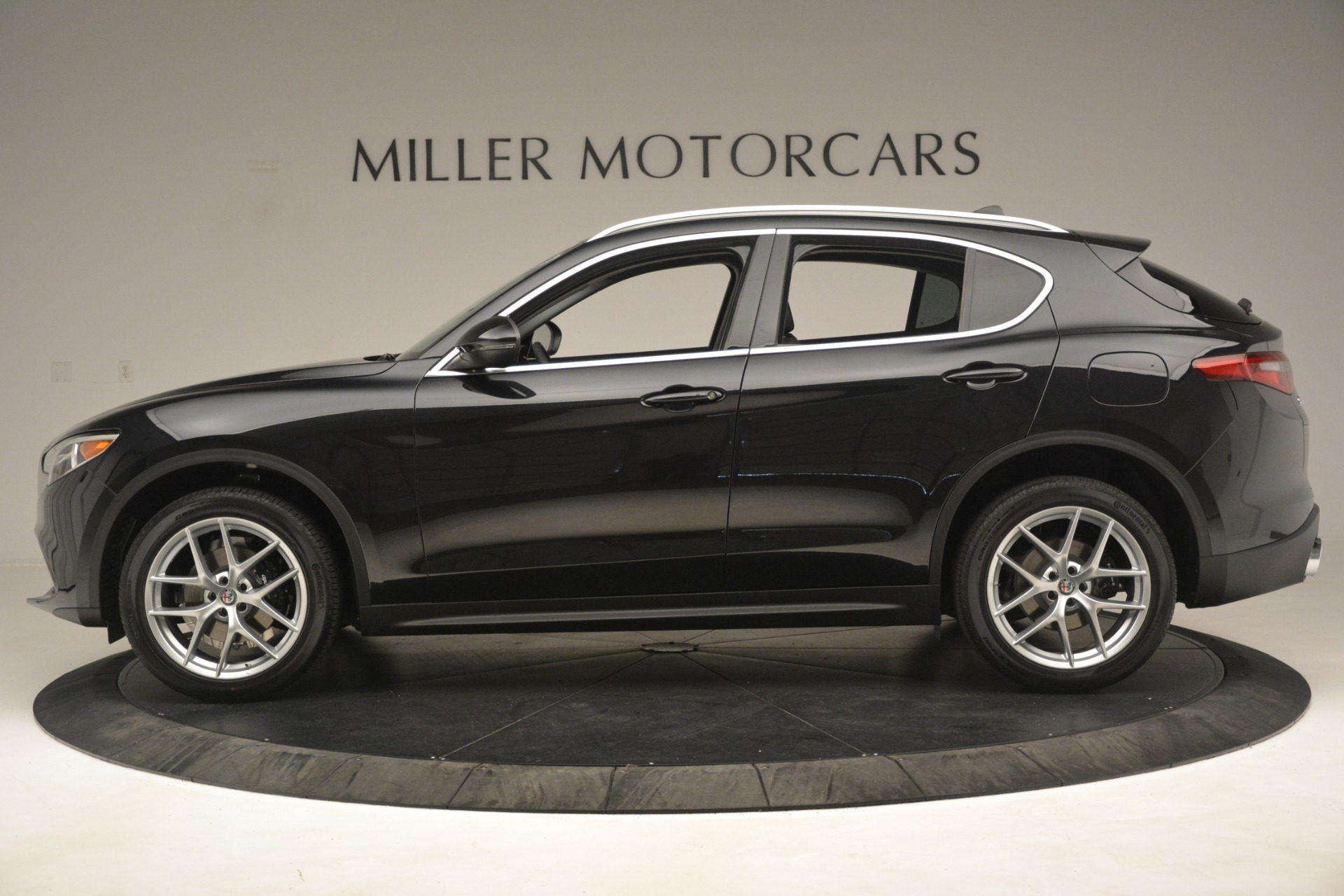 New 2019 Alfa Romeo Stelvio Ti Q4 For Sale In Westport, CT 3127_p3