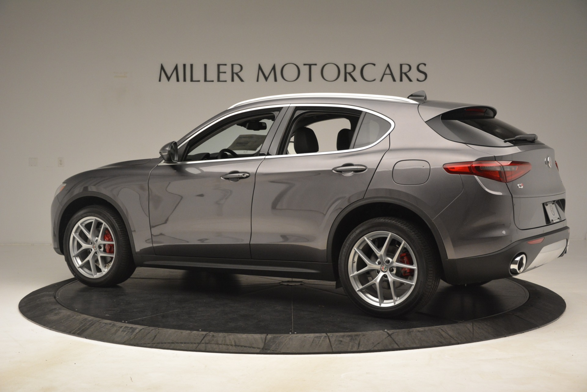 New 2019 Alfa Romeo Stelvio Ti Lusso Q4 For Sale In Westport, CT 3128_p4