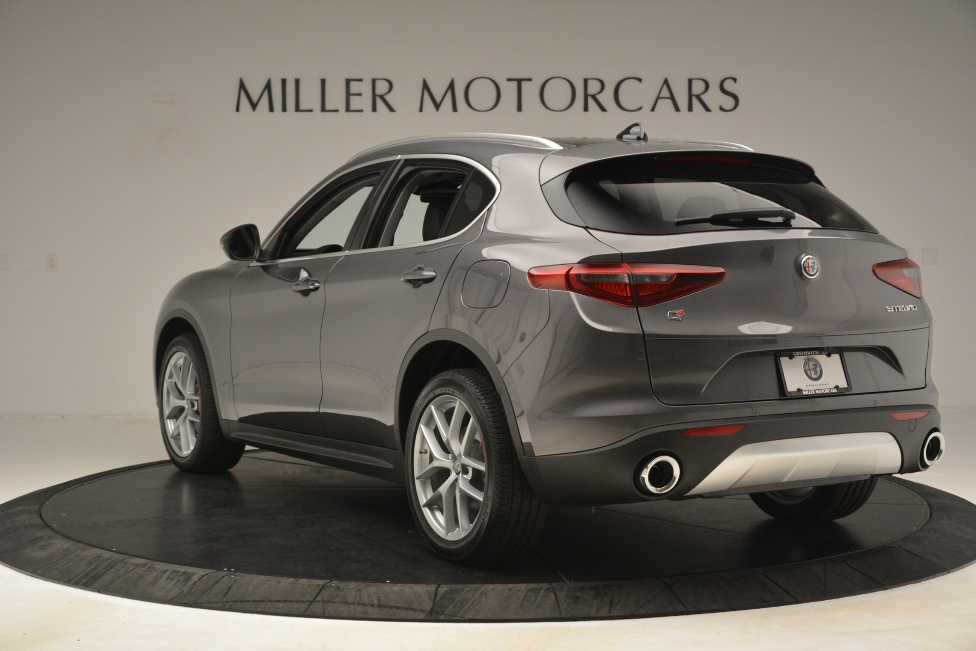 New 2019 Alfa Romeo Stelvio Ti Lusso Q4 For Sale In Westport, CT 3128_p5