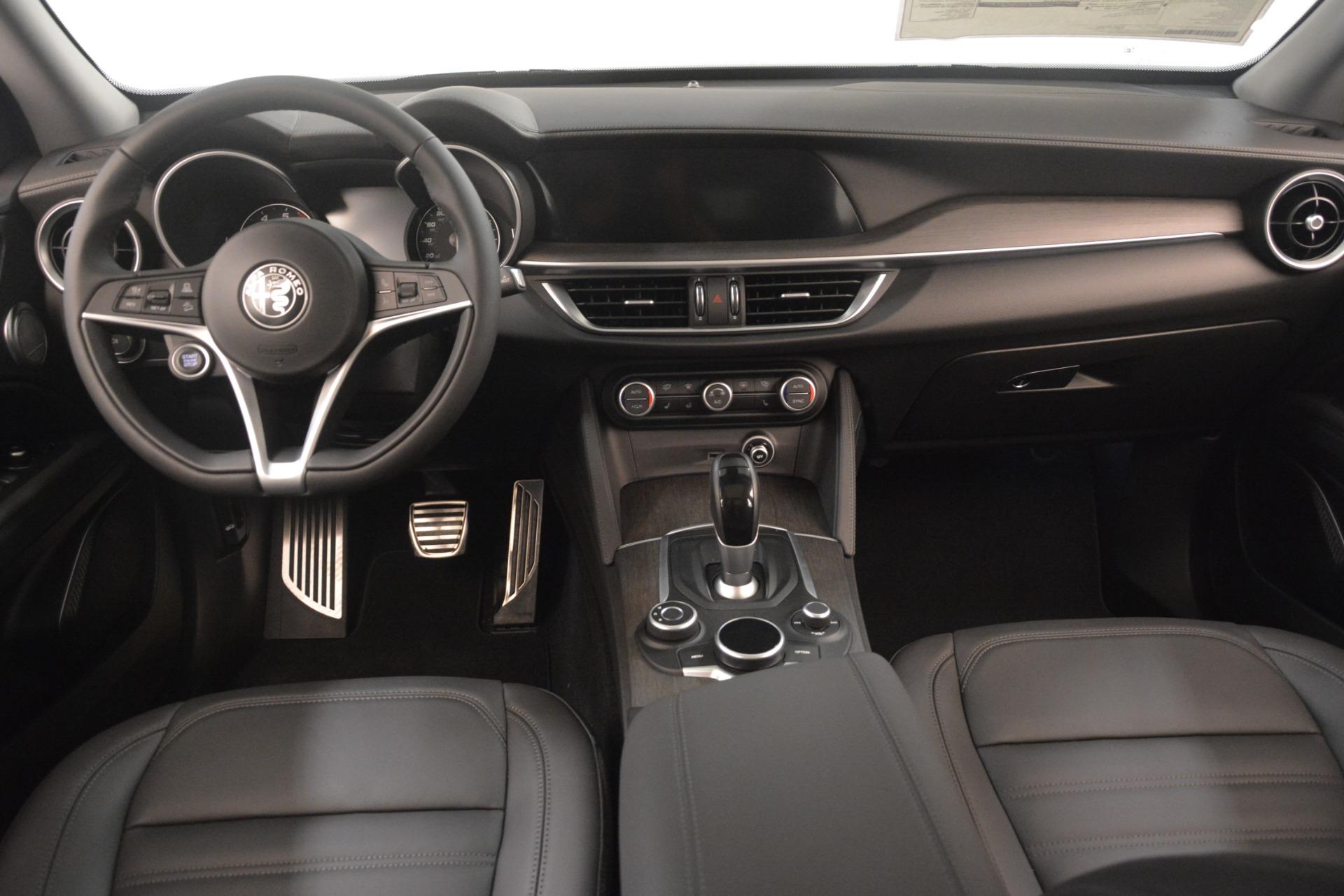 New 2019 Alfa Romeo Stelvio Ti Lusso Q4 For Sale In Westport, CT 3129_p16