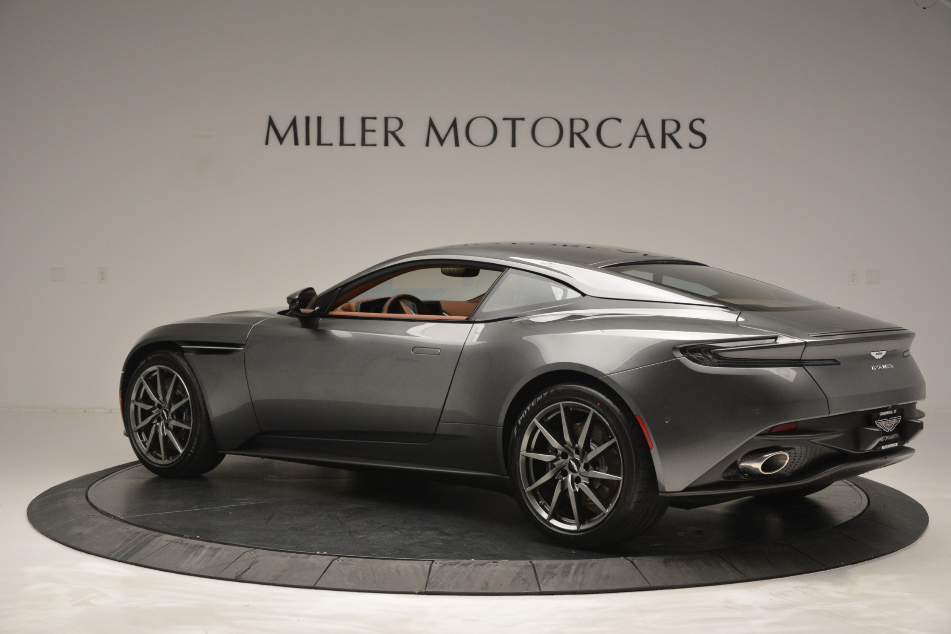 New 2019 Aston Martin DB11 V8 Coupe For Sale In Westport, CT 3134_p4