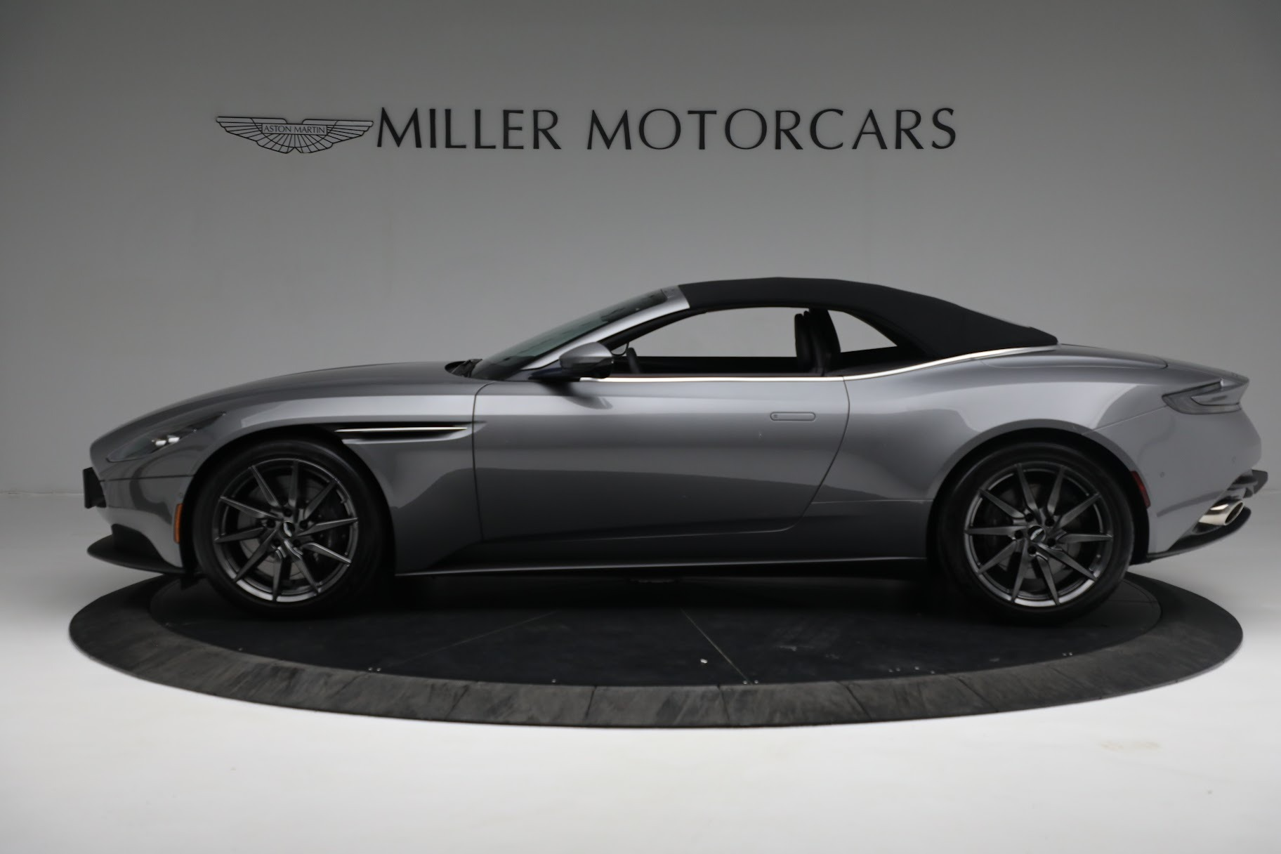New 2019 Aston Martin DB11 V8 Convertible For Sale In Westport, CT 3136_p14