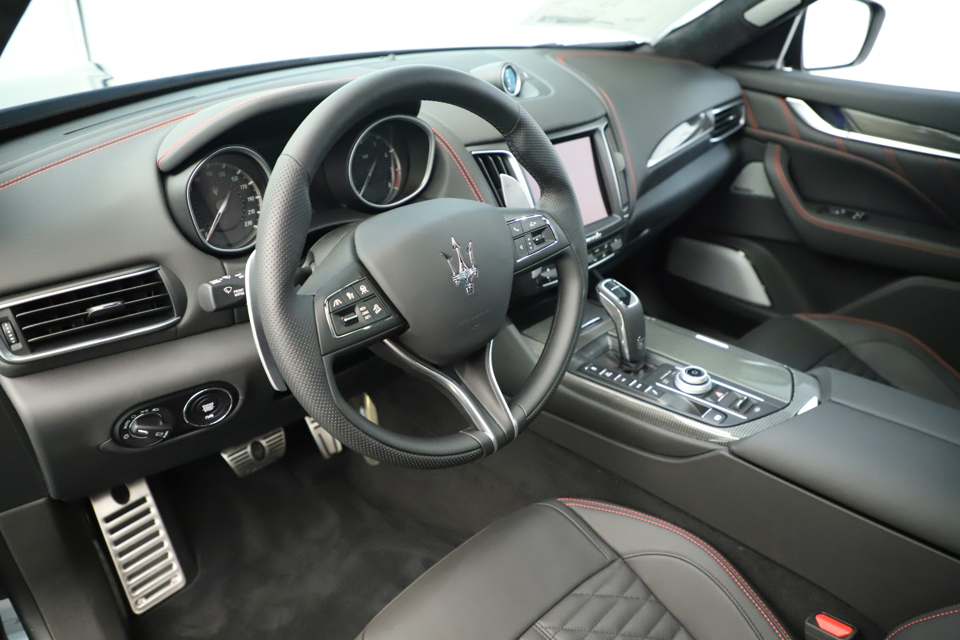 New 2019 Maserati Levante GTS For Sale In Westport, CT 3140_p13
