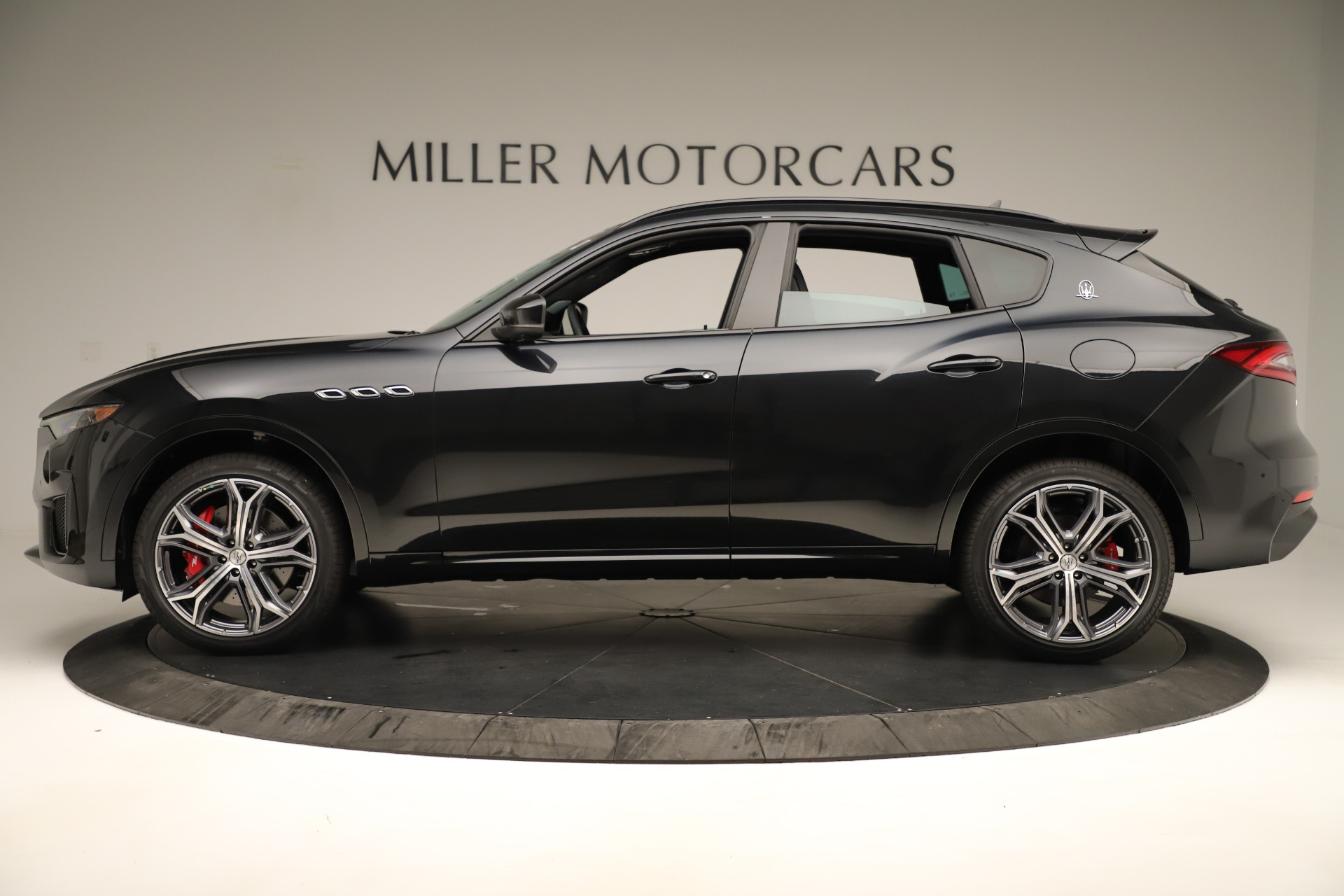 New 2019 Maserati Levante GTS For Sale In Westport, CT 3140_p3