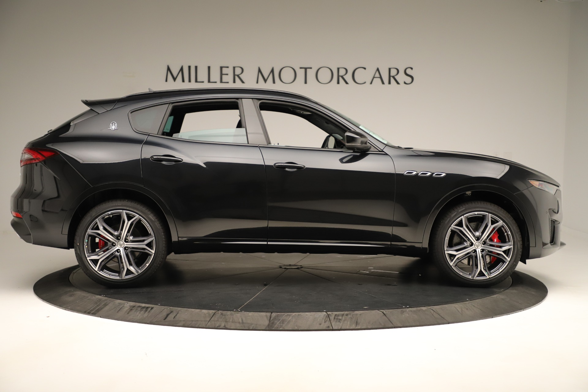 New 2019 Maserati Levante GTS For Sale In Westport, CT 3140_p9