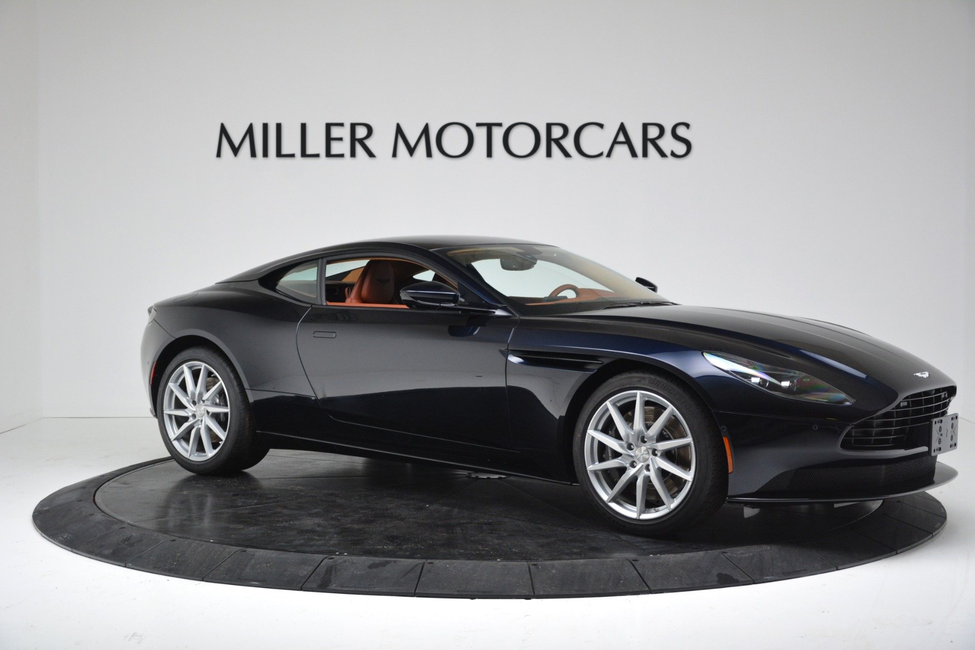 New 2019 Aston Martin DB11 V8 Coupe For Sale In Westport, CT 3145_p10