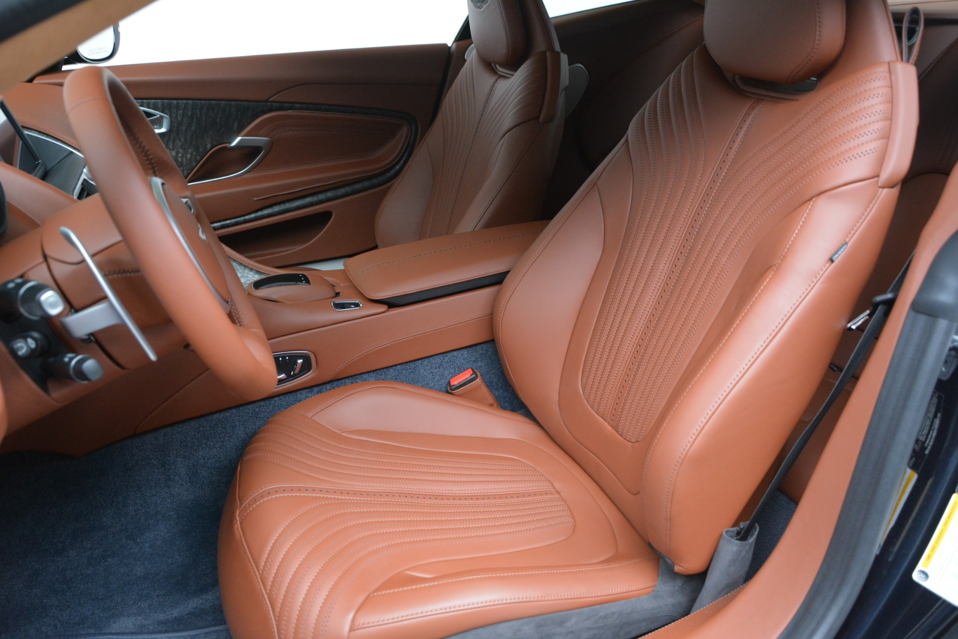 New 2019 Aston Martin DB11 V8 Coupe For Sale In Westport, CT 3145_p16