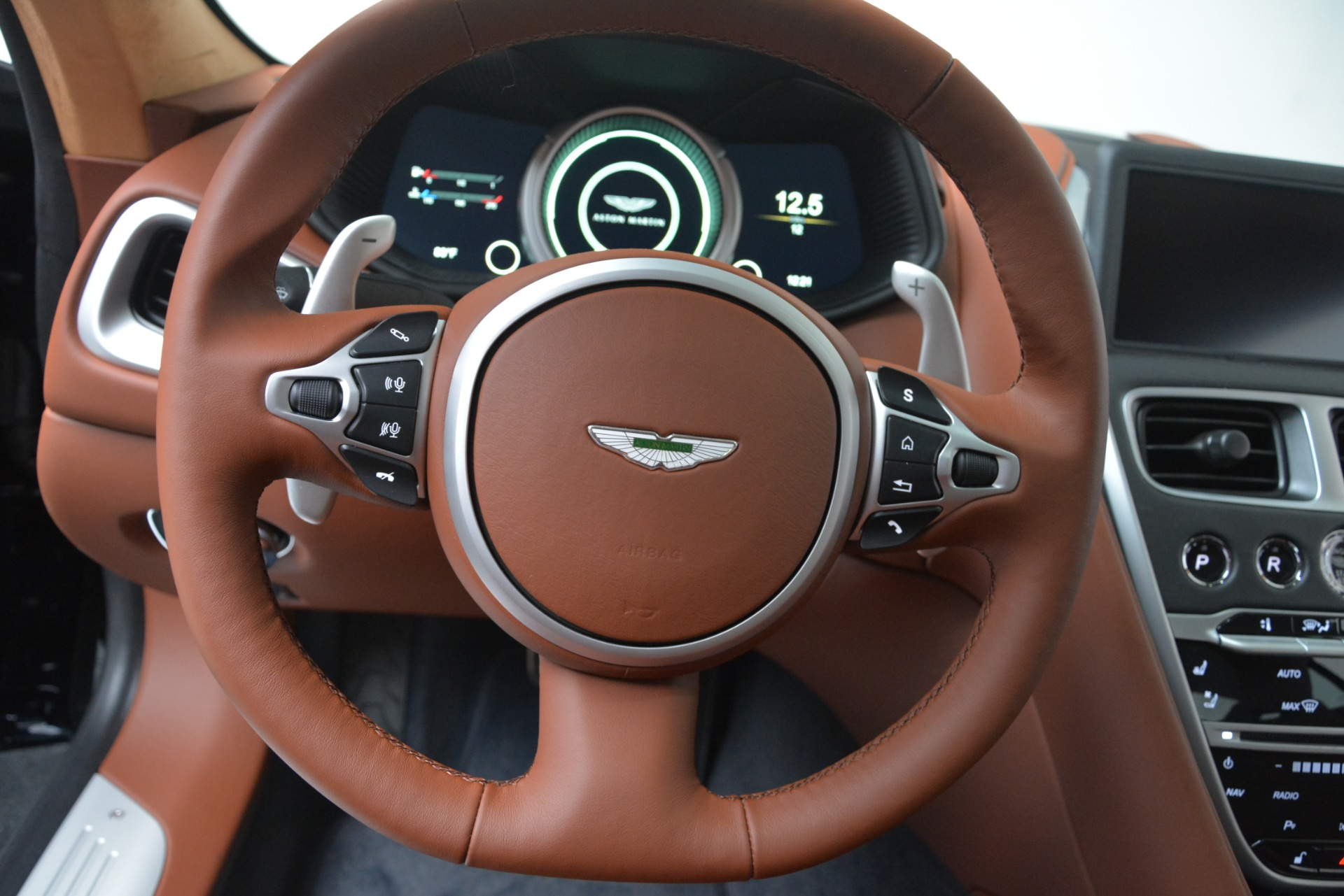 New 2019 Aston Martin DB11 V8 Coupe For Sale In Westport, CT 3145_p22