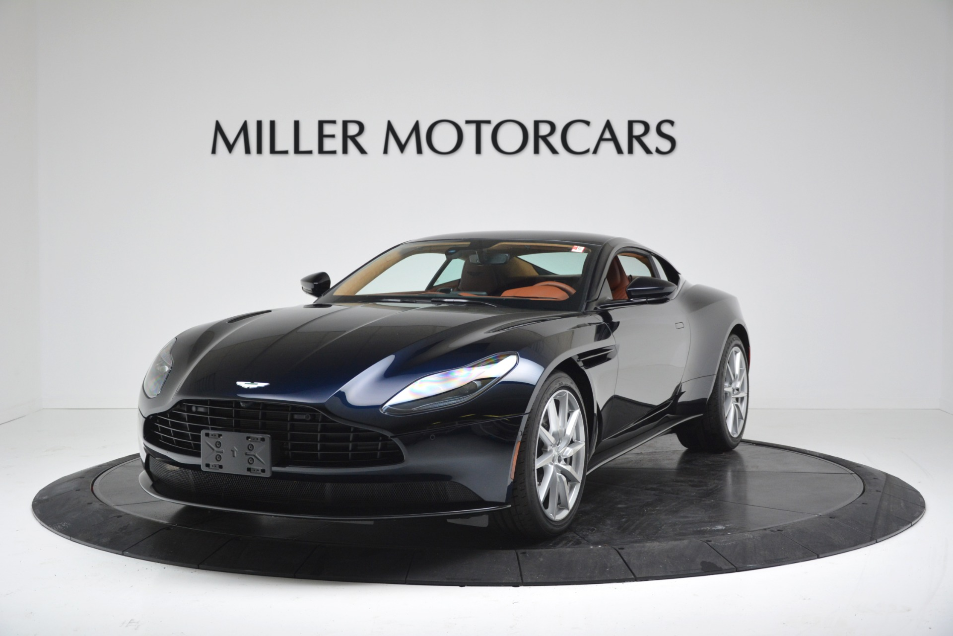 New 2019 Aston Martin DB11 V8 Coupe For Sale In Westport, CT 3145_p2