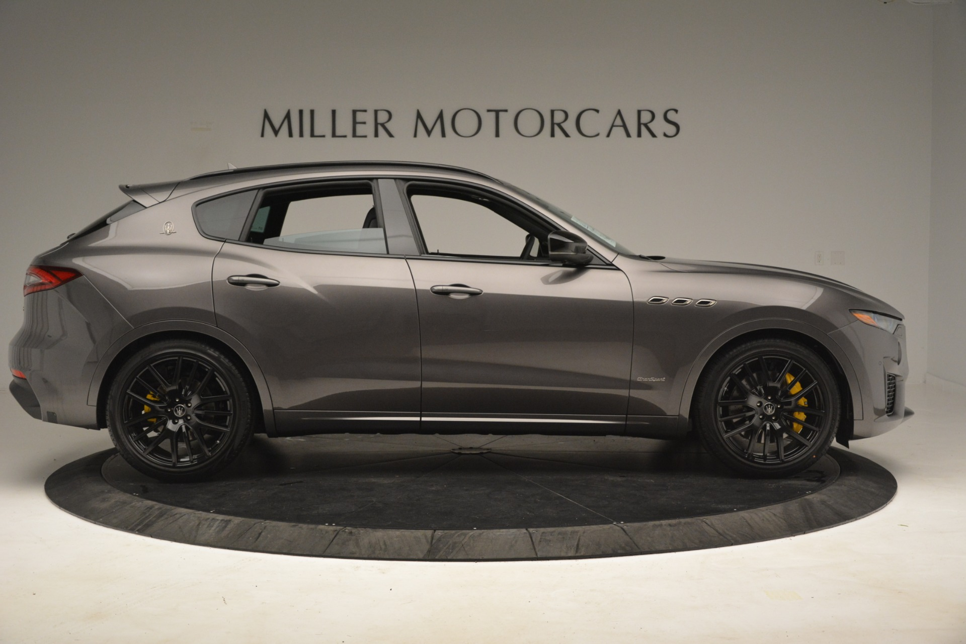 New 2019 Maserati Levante SQ4 GranSport Nerissimo For Sale In Westport, CT 3146_p9