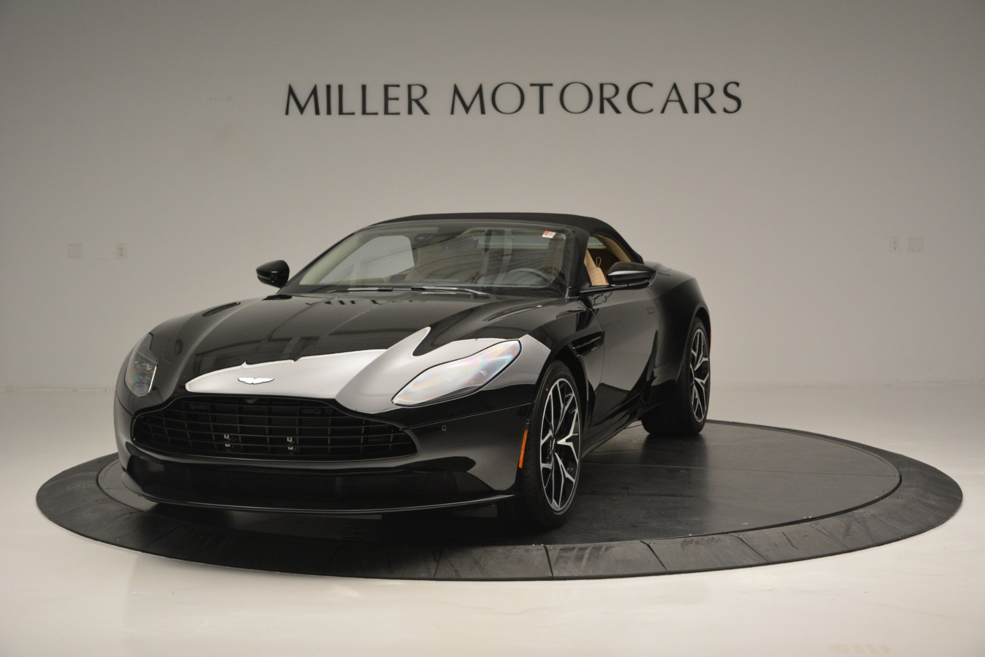 New 2019 Aston Martin DB11 V8 Convertible For Sale In Westport, CT 3148_p13