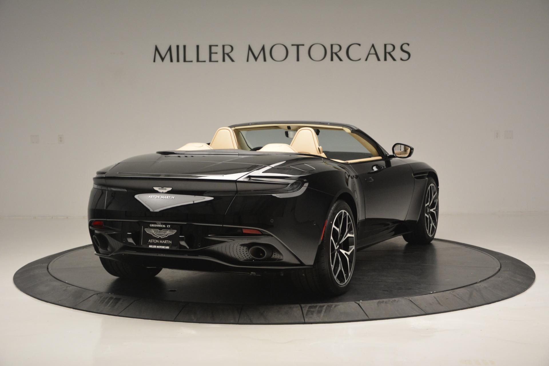 New 2019 Aston Martin DB11 V8 Convertible For Sale In Westport, CT 3148_p7