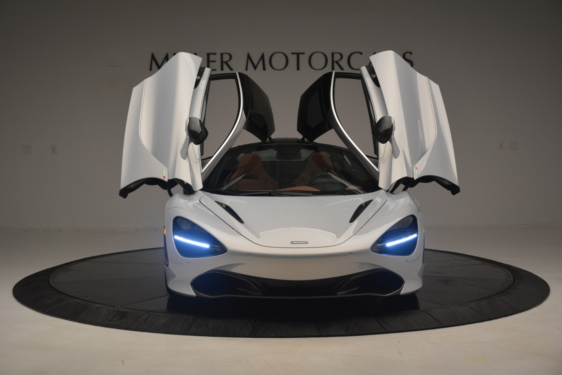 Used 2018 McLaren 720S Coupe For Sale In Westport, CT 3157_p13
