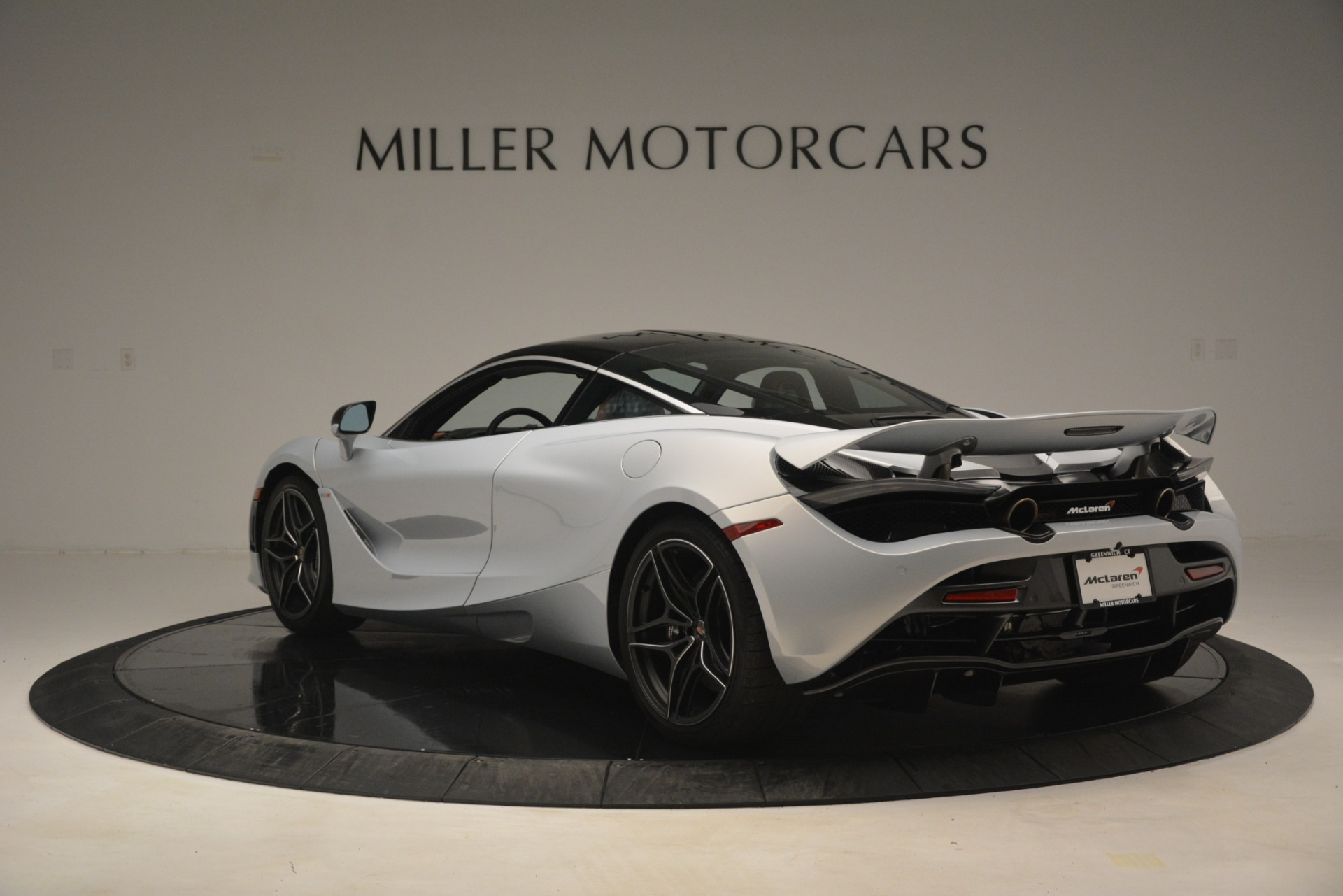 Used 2018 McLaren 720S Coupe For Sale In Westport, CT 3157_p5