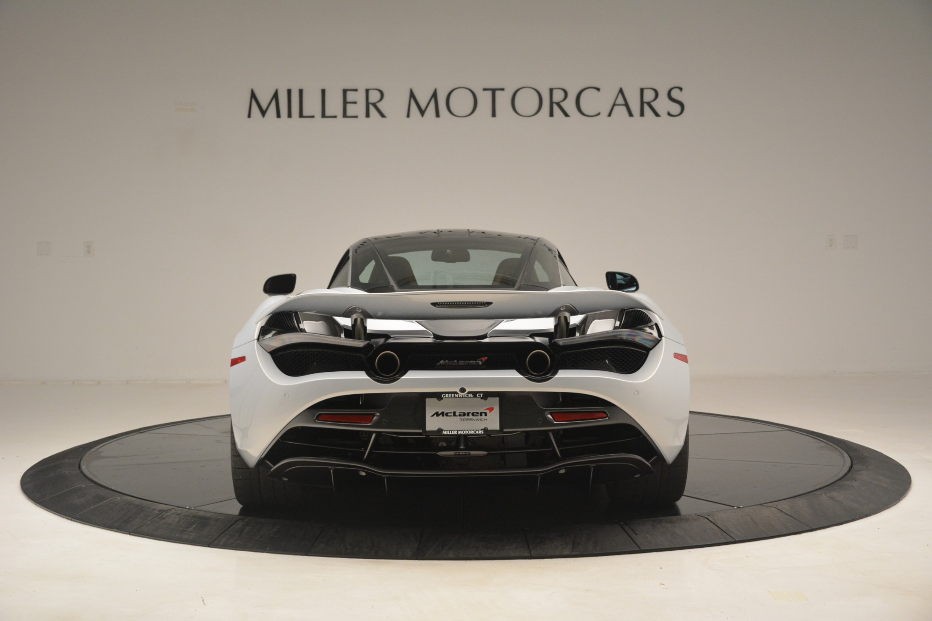 Used 2018 McLaren 720S Coupe For Sale In Westport, CT 3157_p6