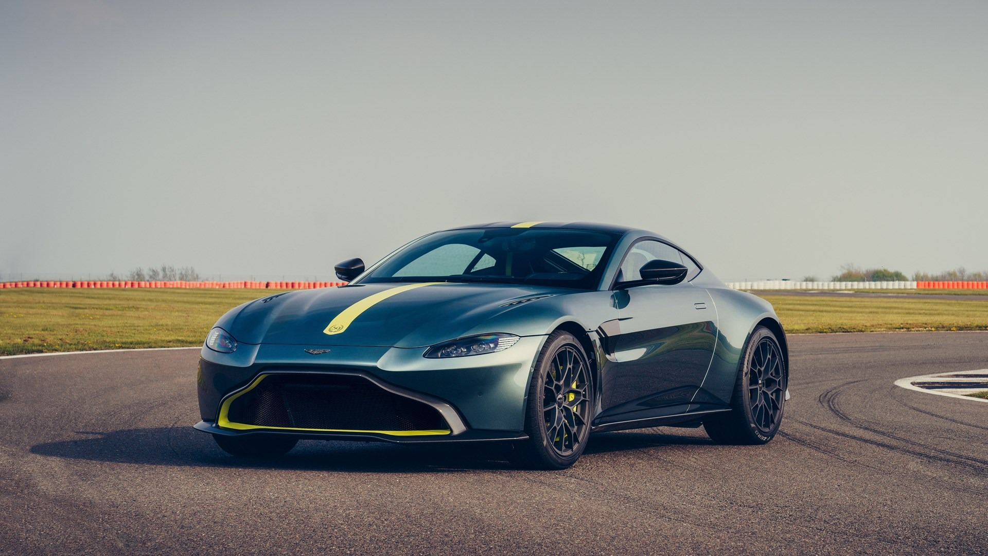 New 2020 Aston Martin Vantage AMR For Sale In Westport, CT 3158_p2