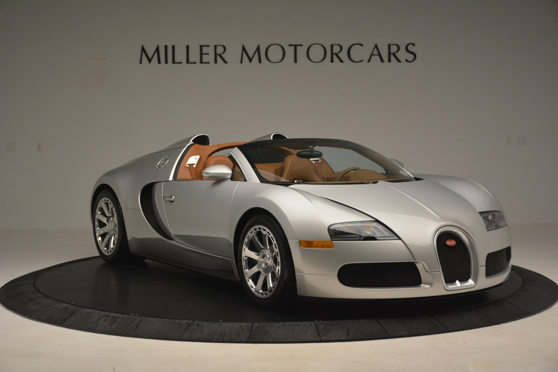 Used 2010 Bugatti Veyron 16.4 Grand Sport For Sale In Westport, CT 3159_p12