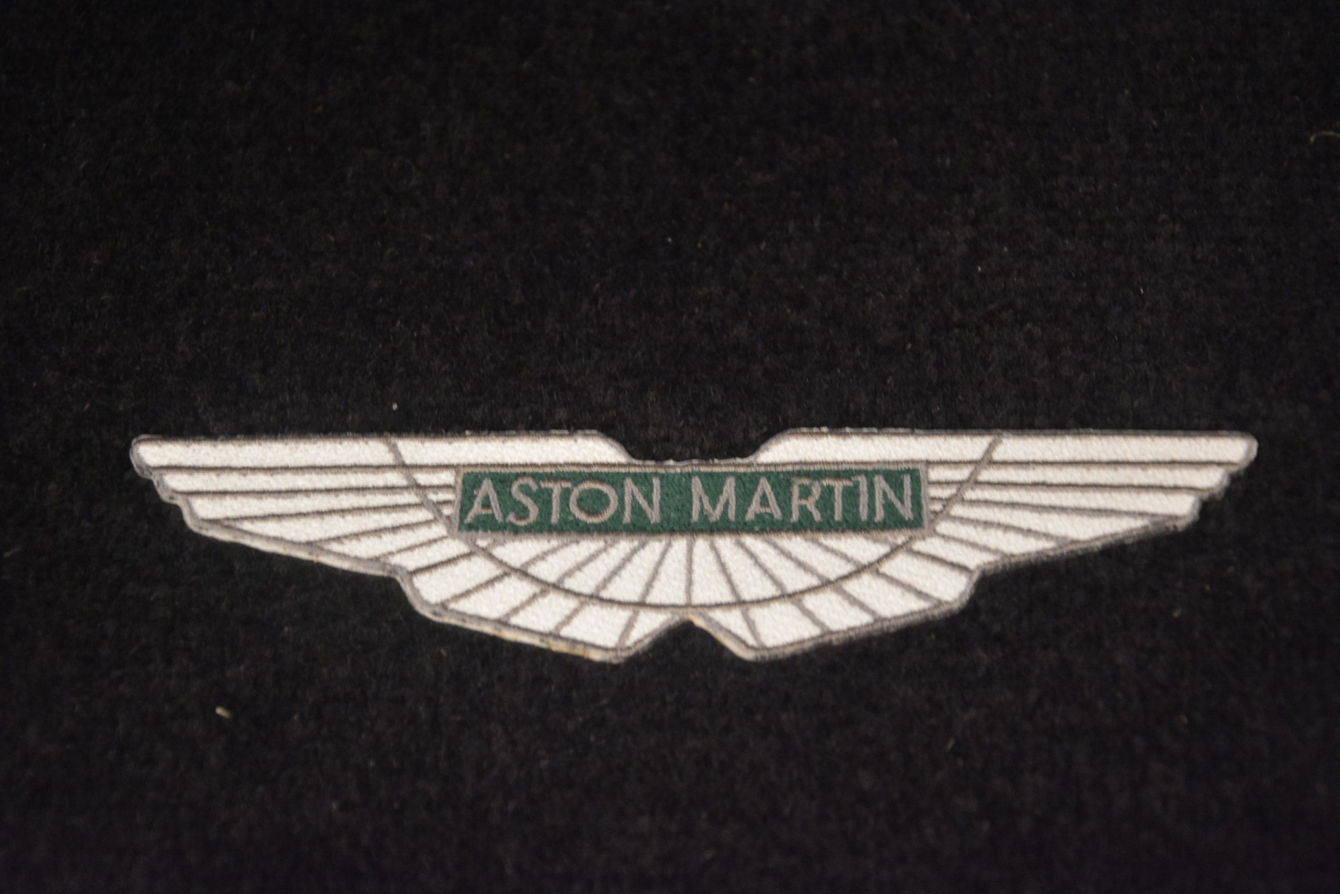 Used 2004 Aston Martin V12 Vanquish  For Sale In Westport, CT 3160_p23