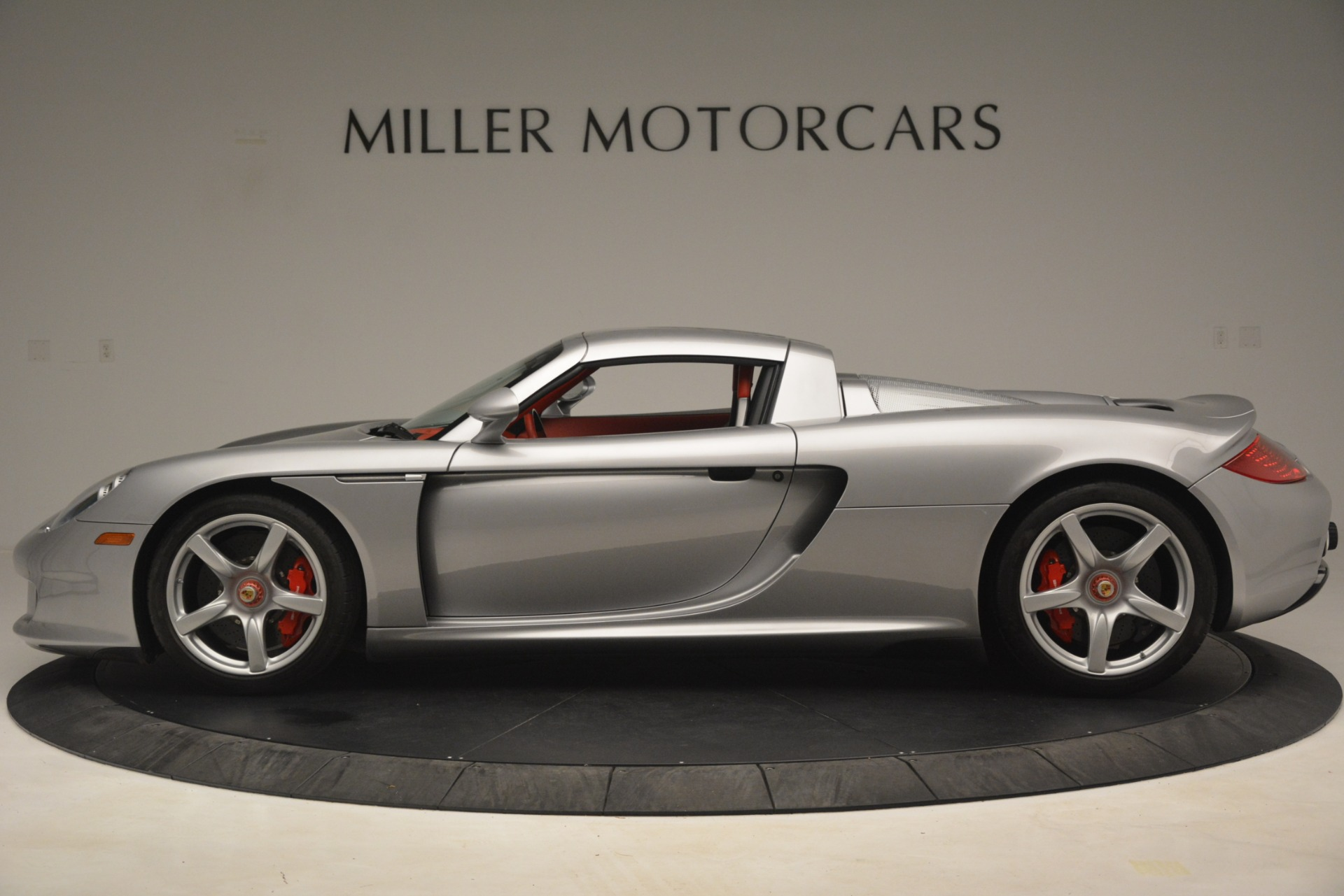 Used 2005 Porsche Carrera GT  For Sale In Westport, CT 3161_p16